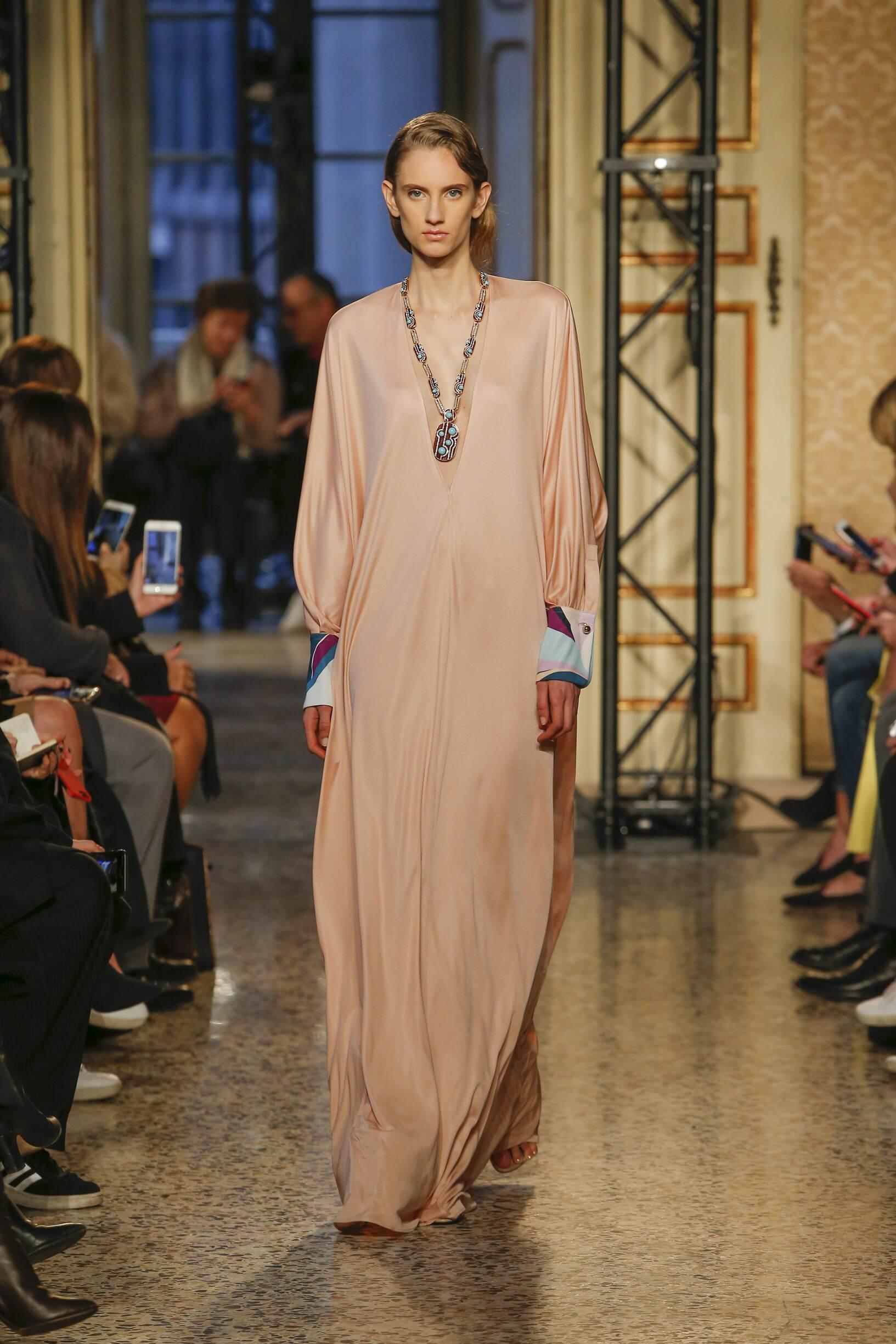 2018 Woman Style Emilio Pucci
