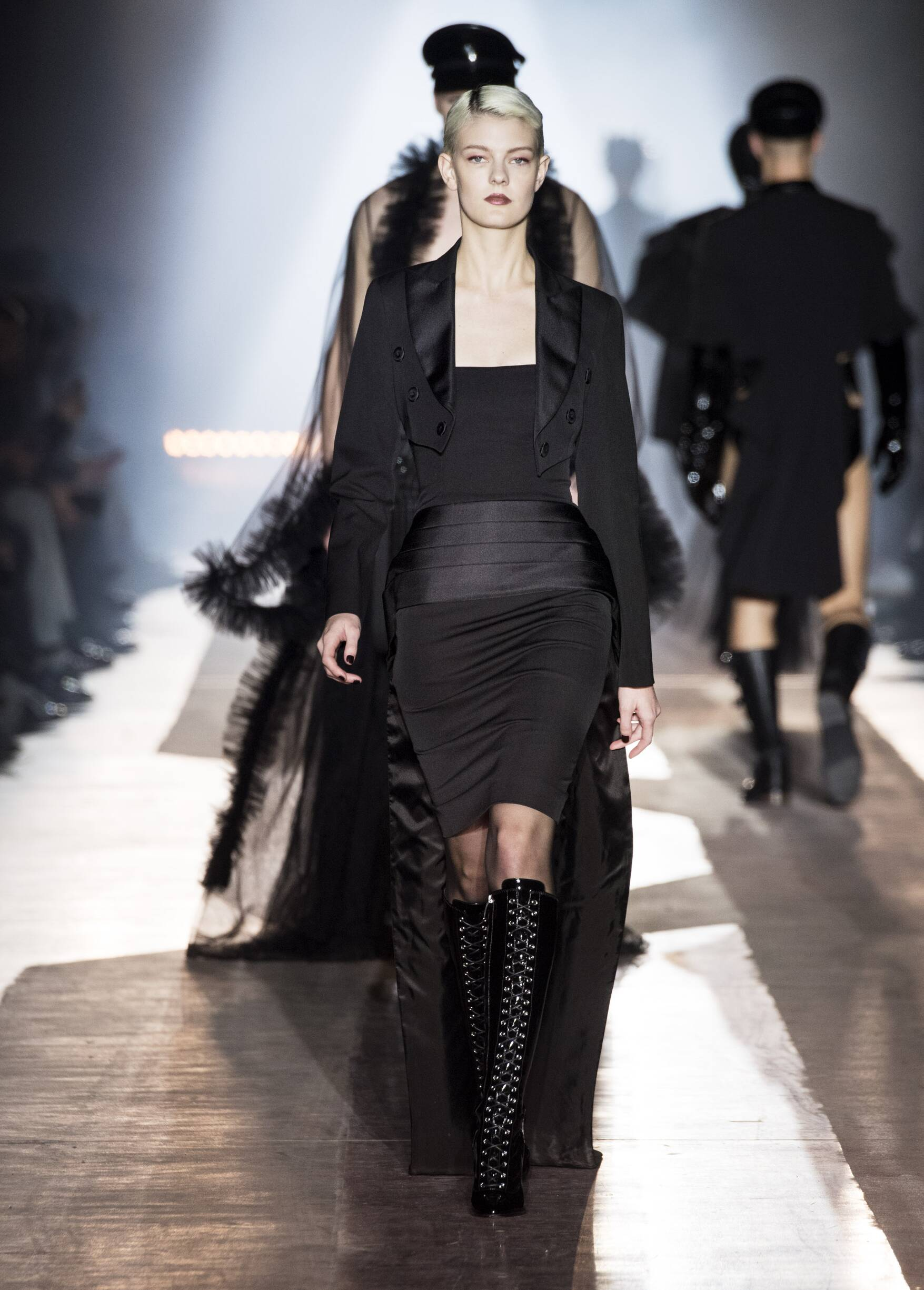2018 Woman Style Moschino