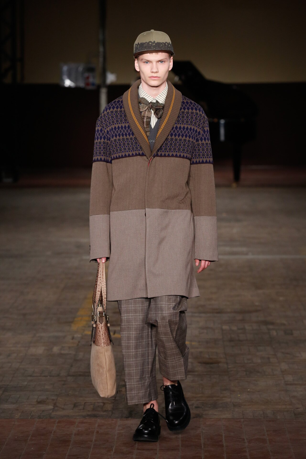 Antonio Marras Fall Winter 2018-19 Fashion Show Look 43