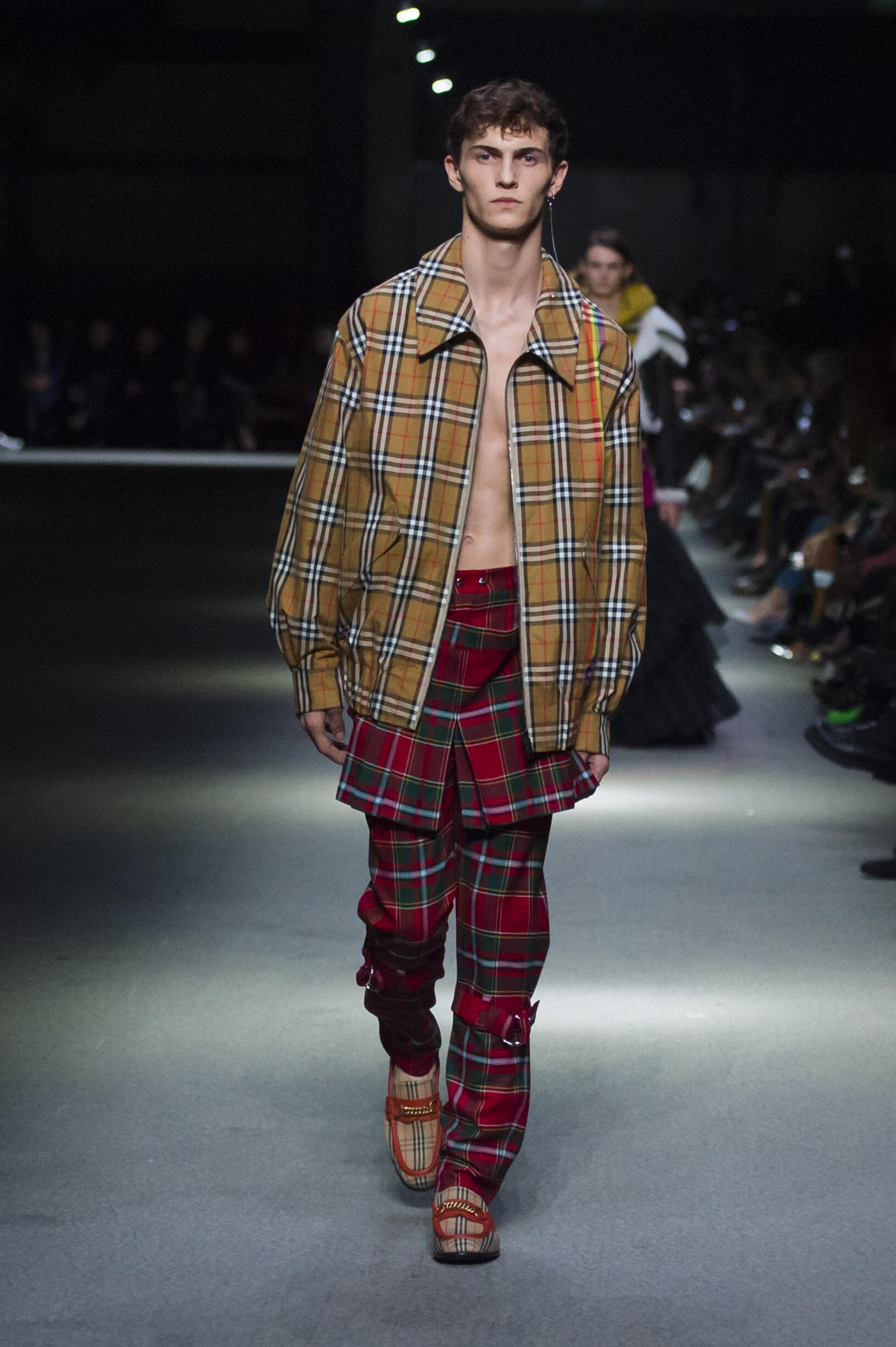 Burberry February 2018 Collection Look 23 London Fashion Week