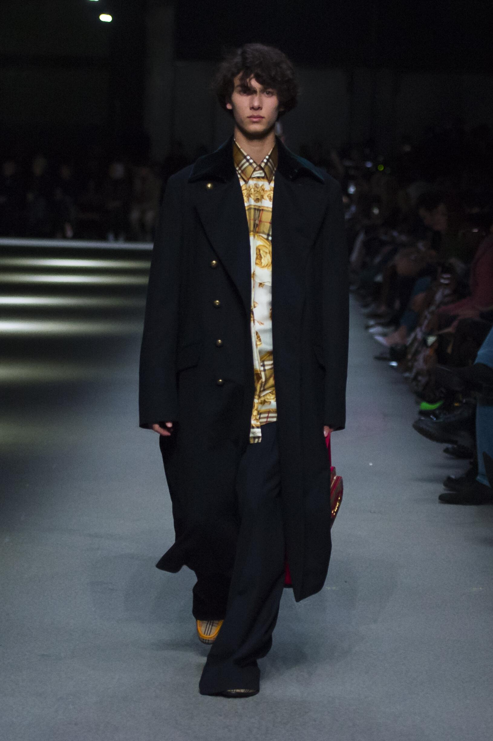 Burberry February 2018 Collection Look 45 London Fashion Week