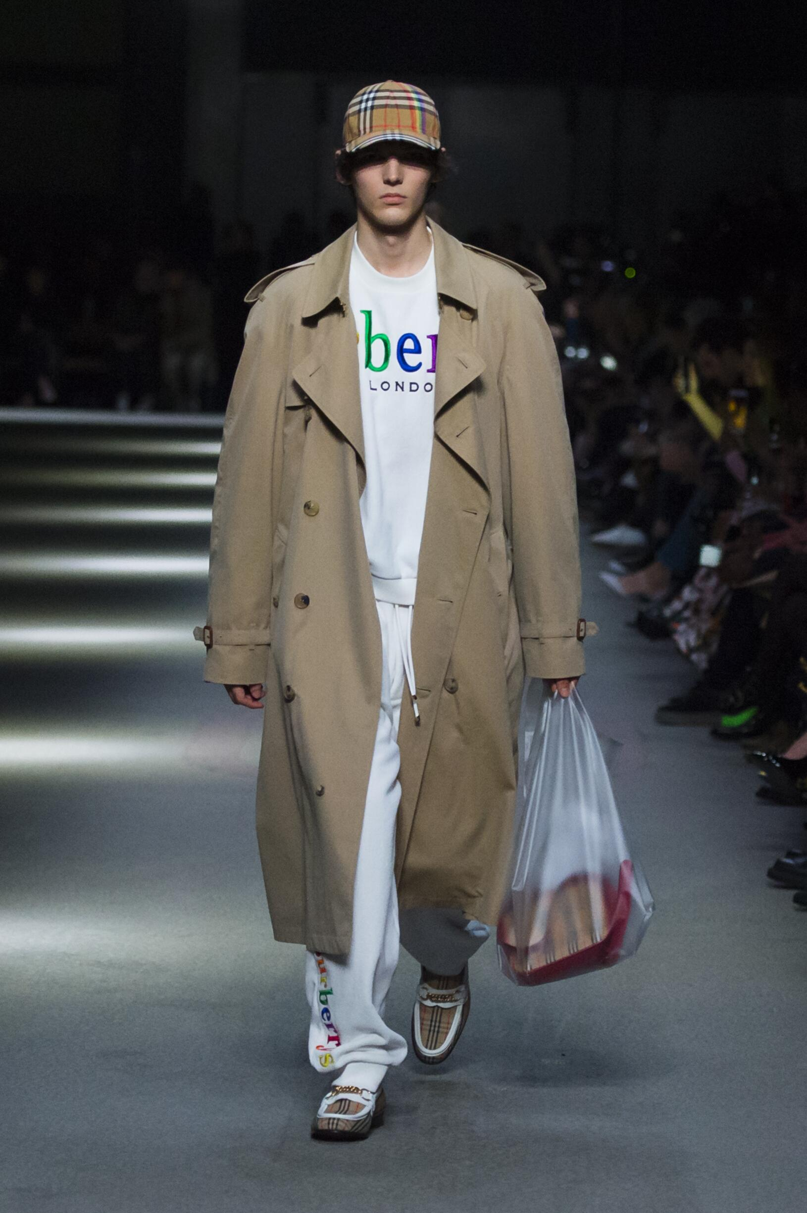 Burberry February 2018 Collection Look 77 London Fashion Week