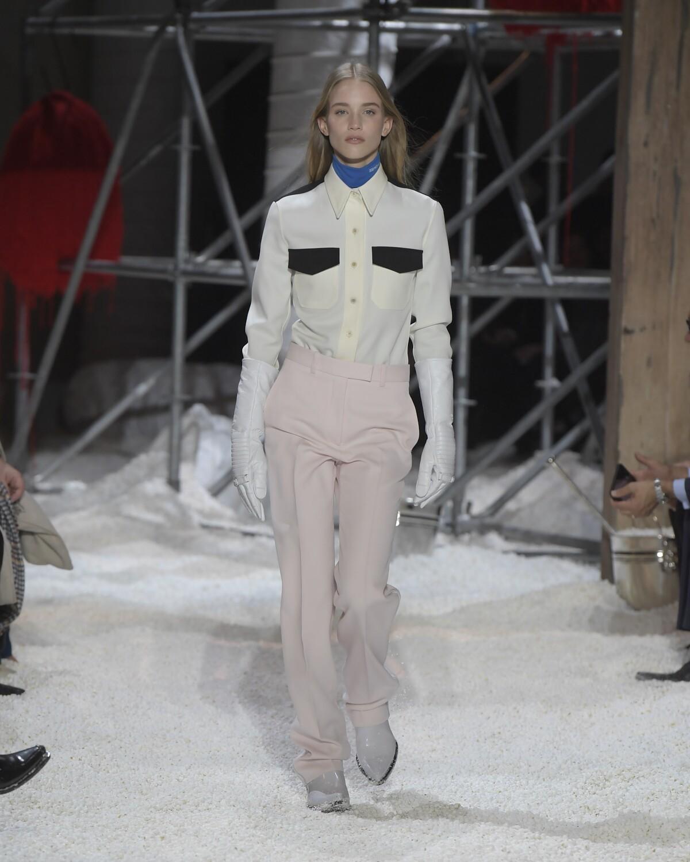 Calvin Klein 205W39NYC Woman Style