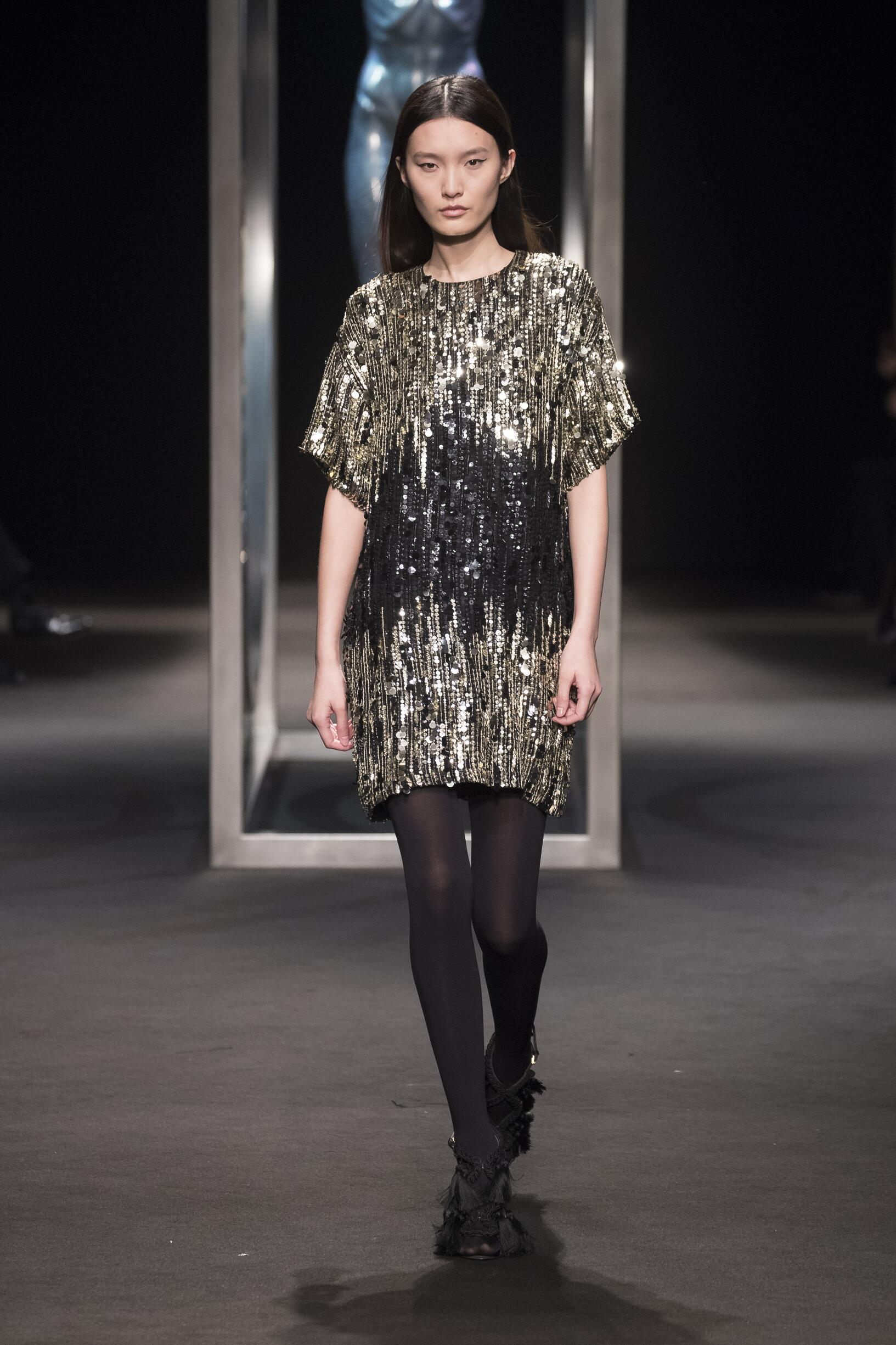 Catwalk Alberta Ferretti Woman Fashion Show Winter 2018