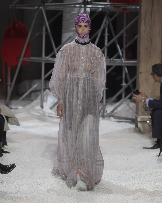 Catwalk Calvin Klein 205W39NYC Woman Fashion Show Winter 2018