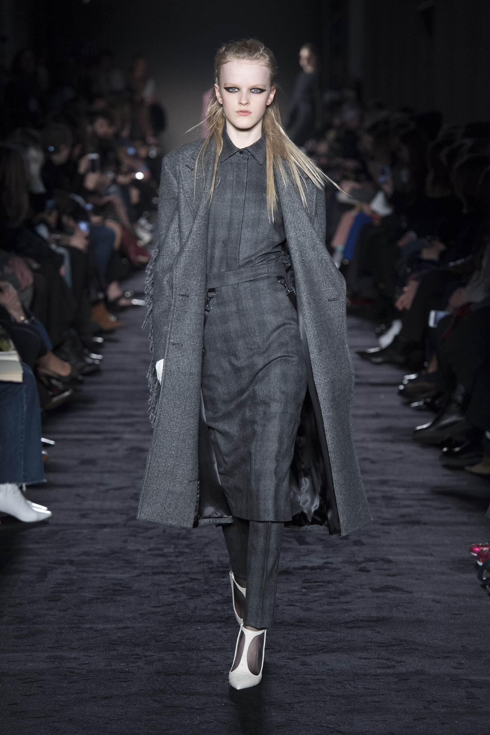 Catwalk Max Mara Woman Fashion Show Winter 2018