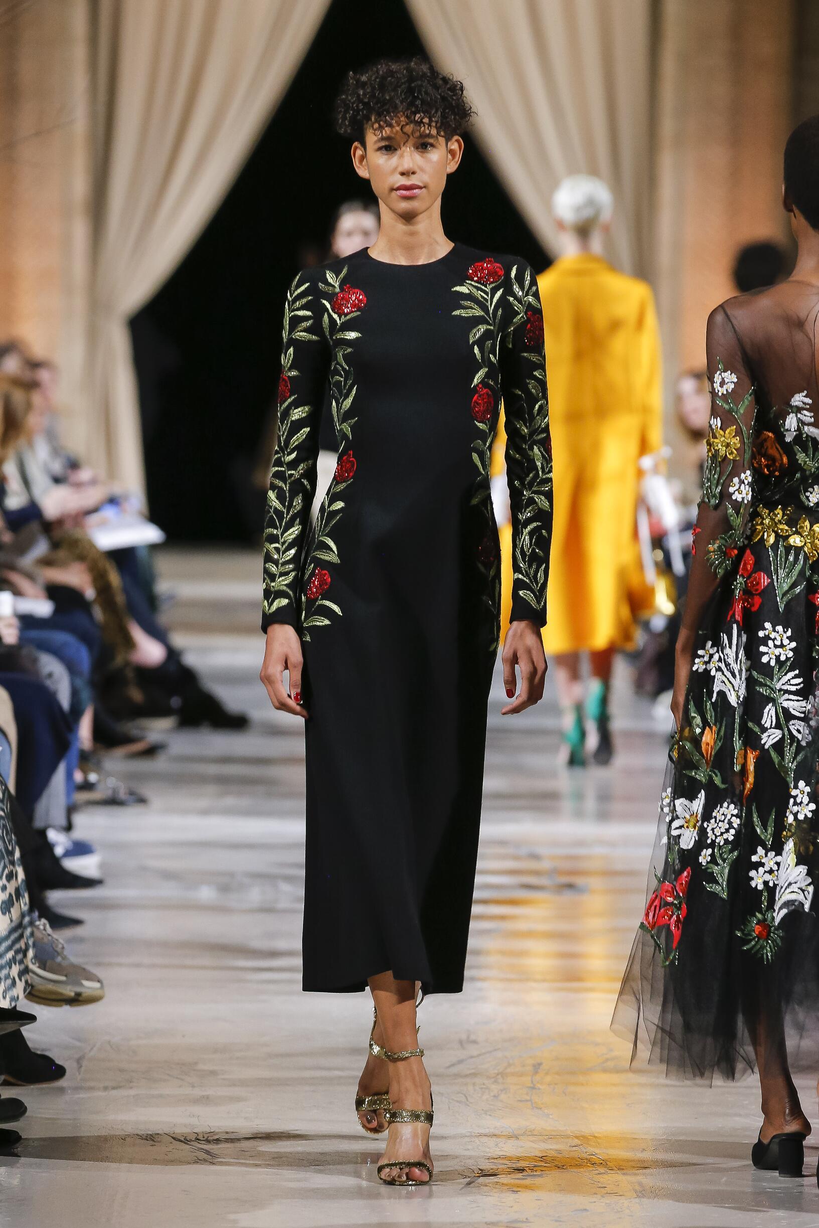 Catwalk Oscar de la Renta Woman Fashion Show Winter 2018