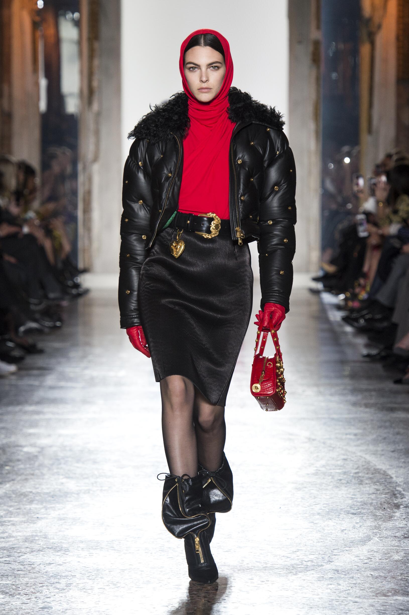 FW 2018-19 Versace Fashion Show Milan