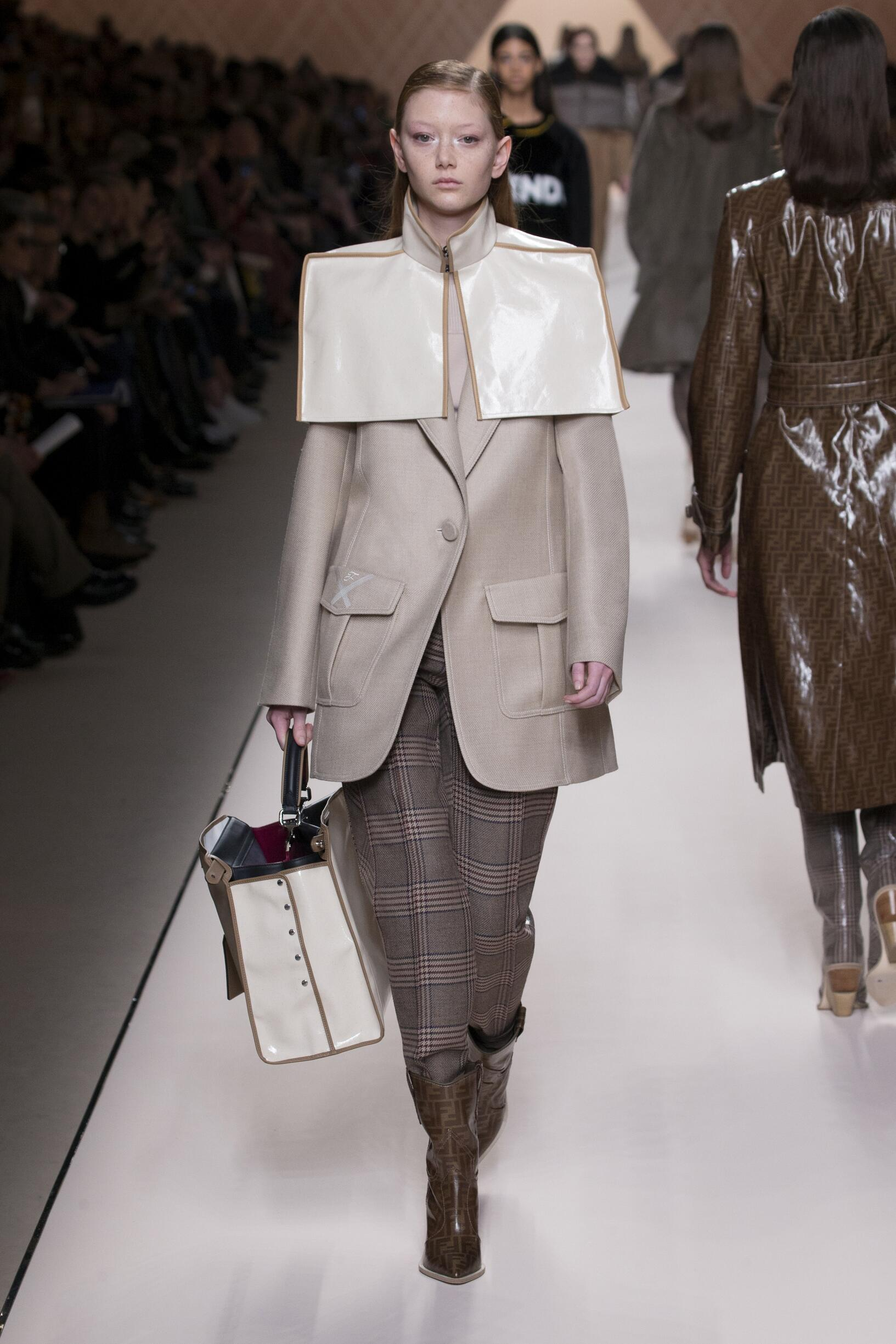 Fall 2018-19 Womenswear Fendi