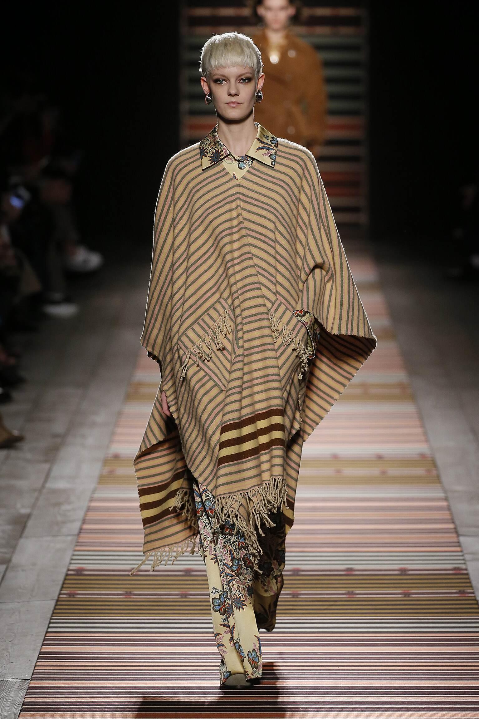 Fall Fashion Woman Trends 2018 Etro