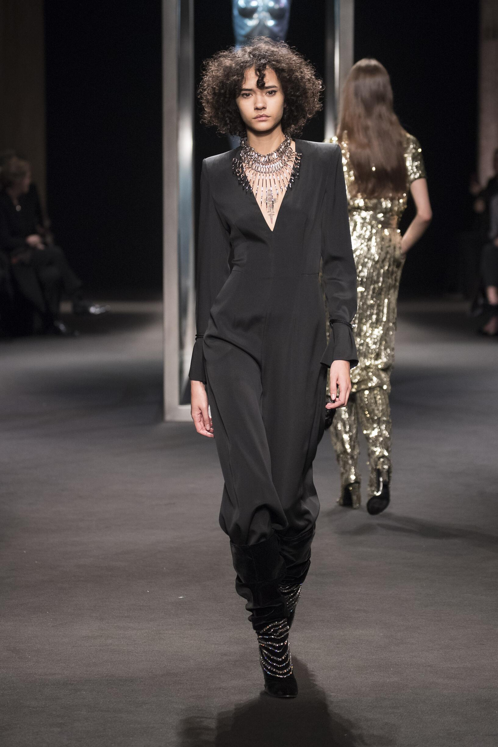 Fall Winter 2018 Woman Milan Alberta Ferretti Collection