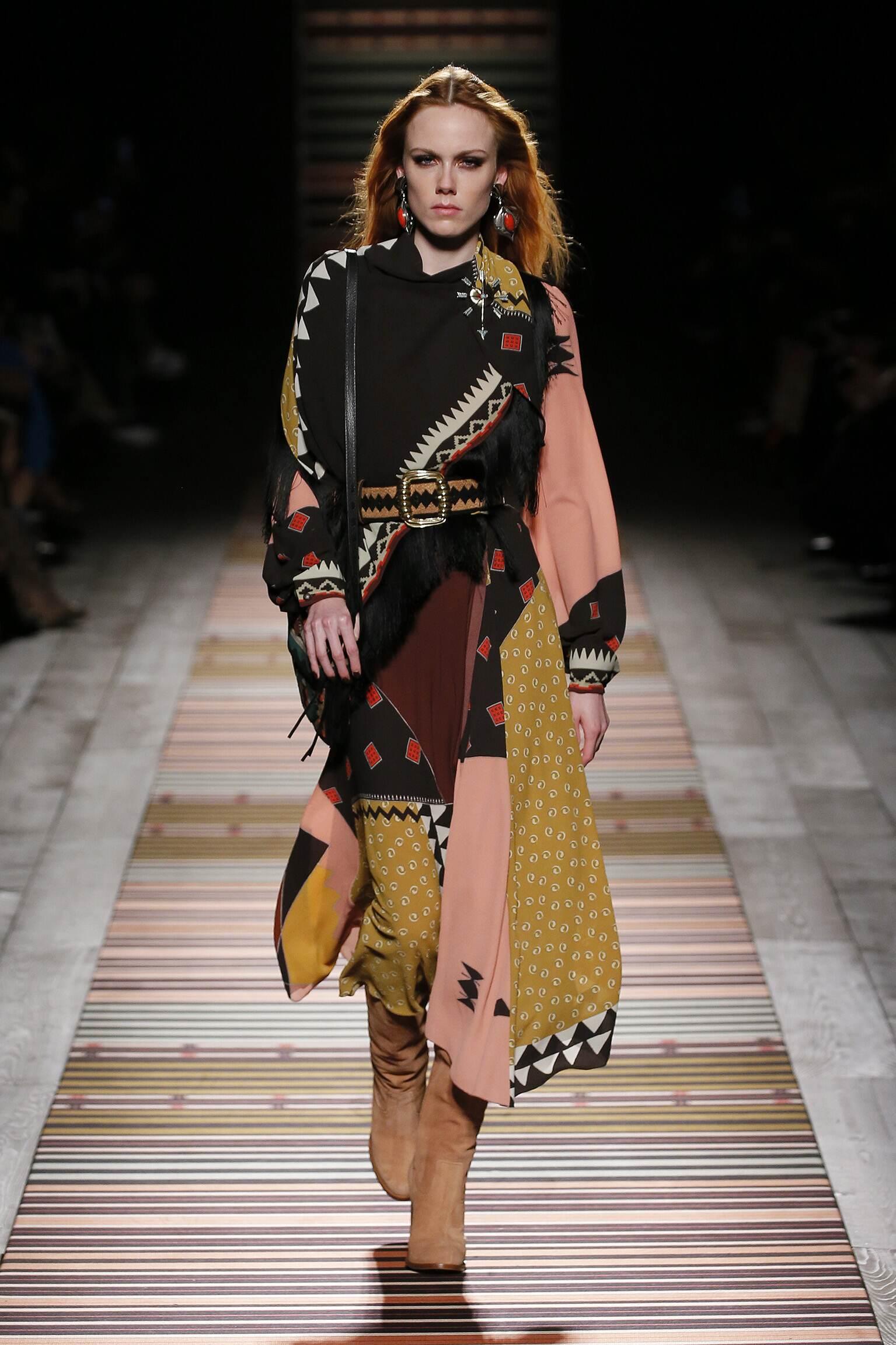 Fashion 2018-19 Woman Colors Etro