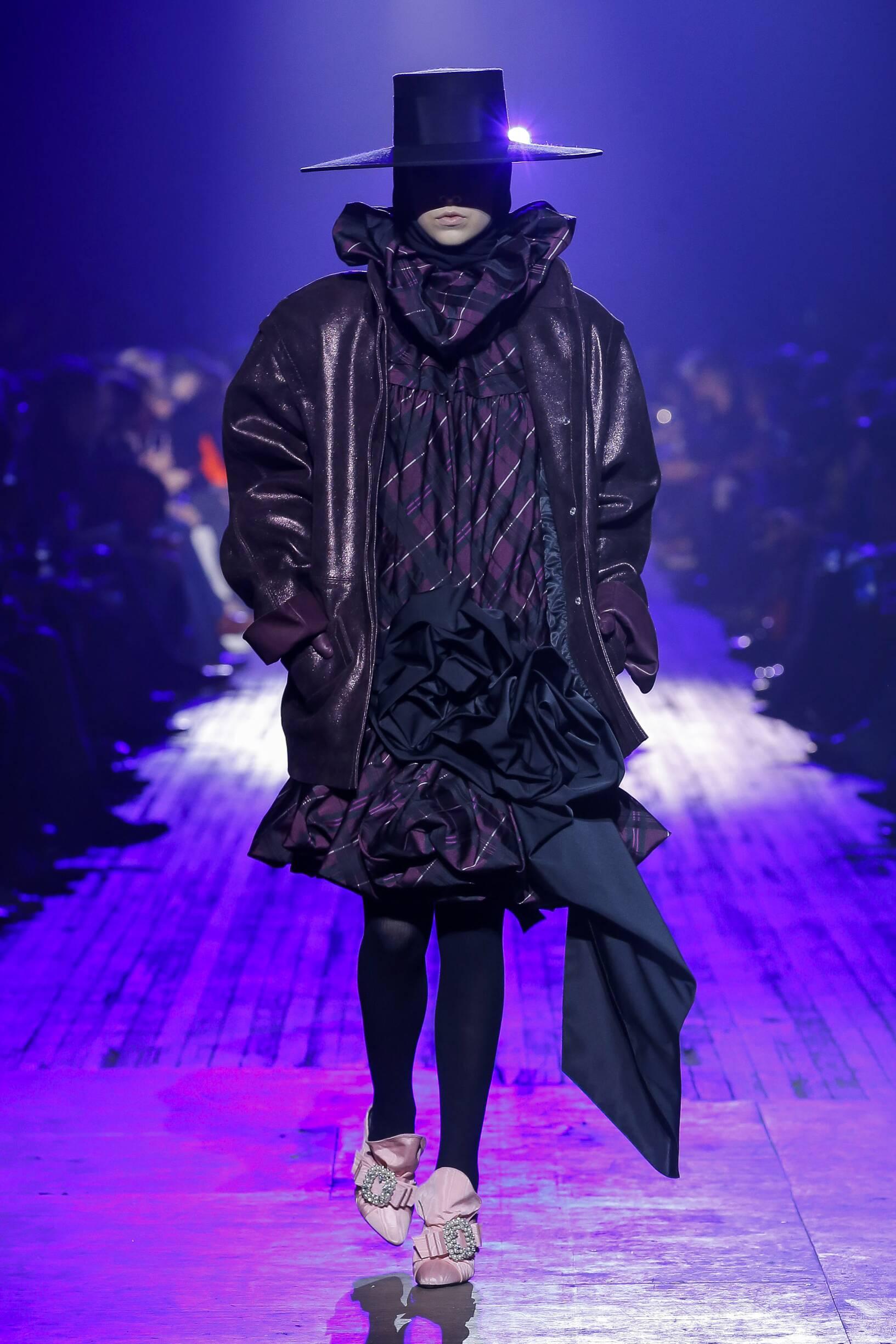 Fashion 2018-19 Woman Colors Marc Jacobs