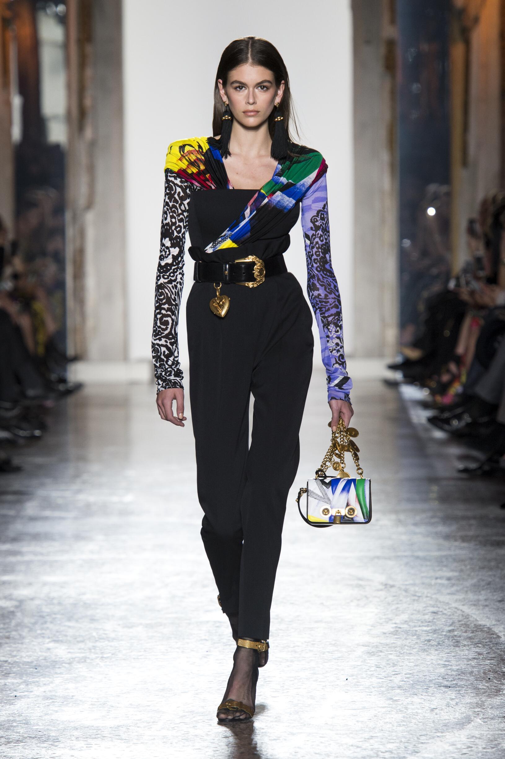 Fashion 2018-2019 Catwalk Versace Winter