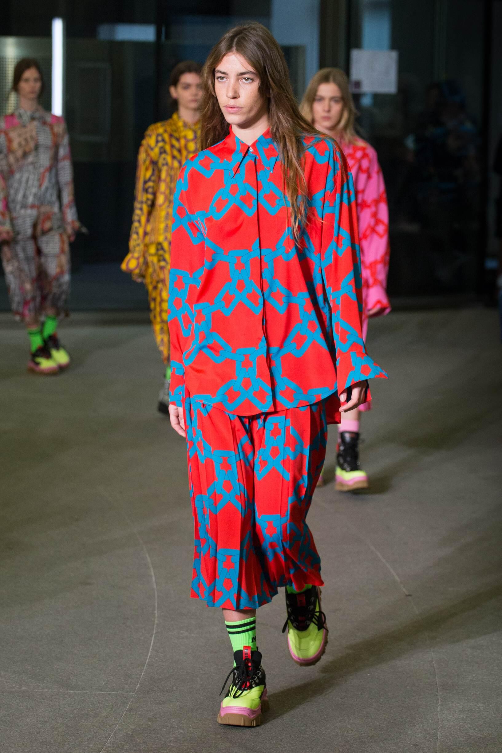 Fashion 2018-2019 Woman Colors Trends Msgm