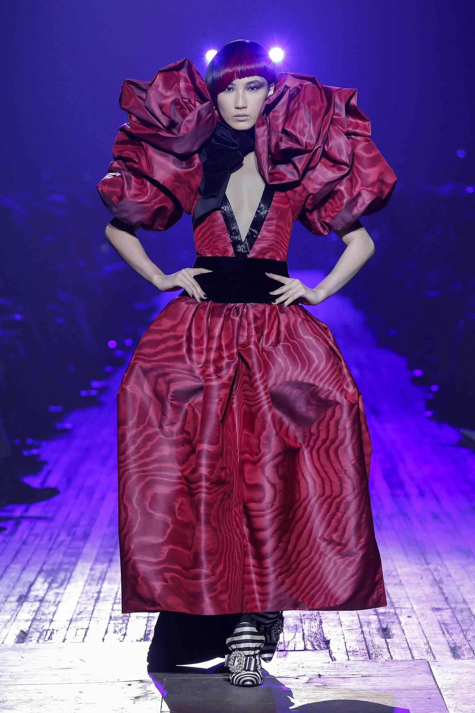 Fashion 2018-2019 Woman Style Marc Jacobs