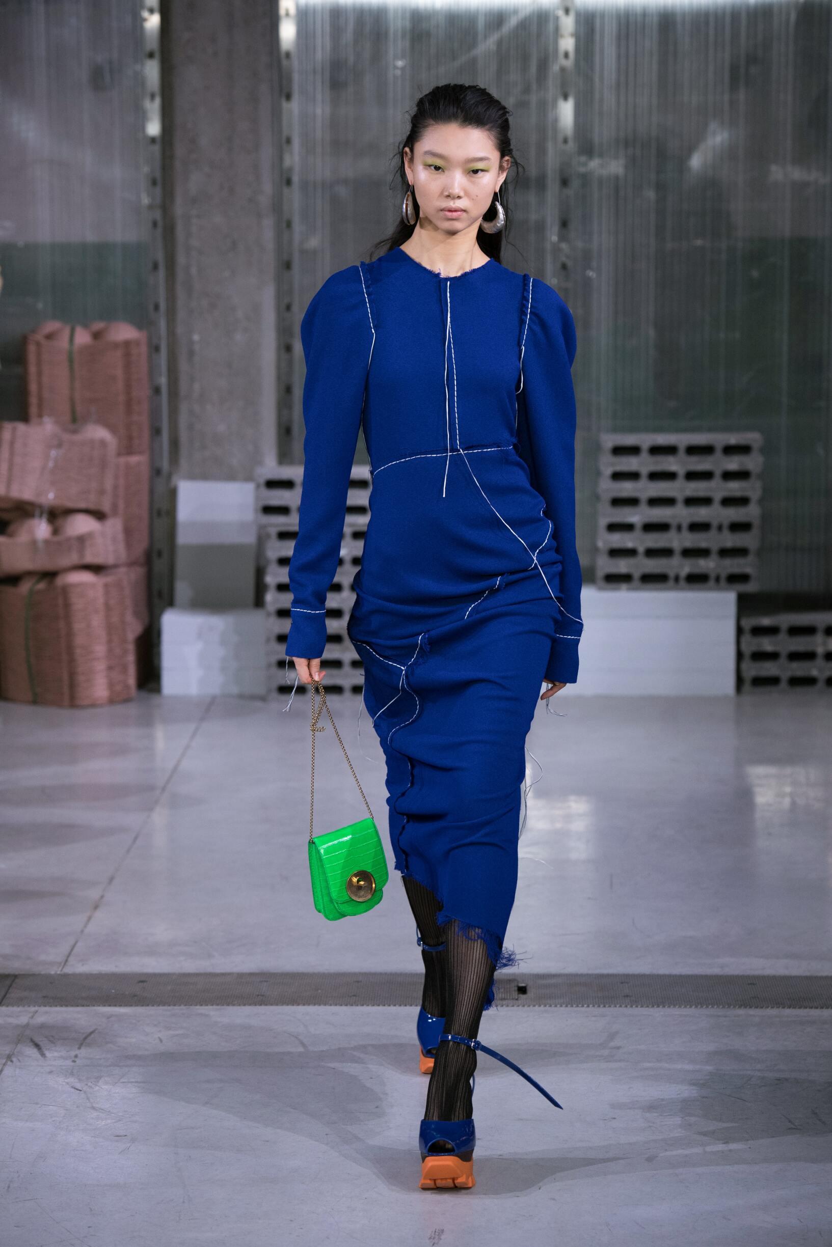 Fashion 2018-2019 Woman Style Marni