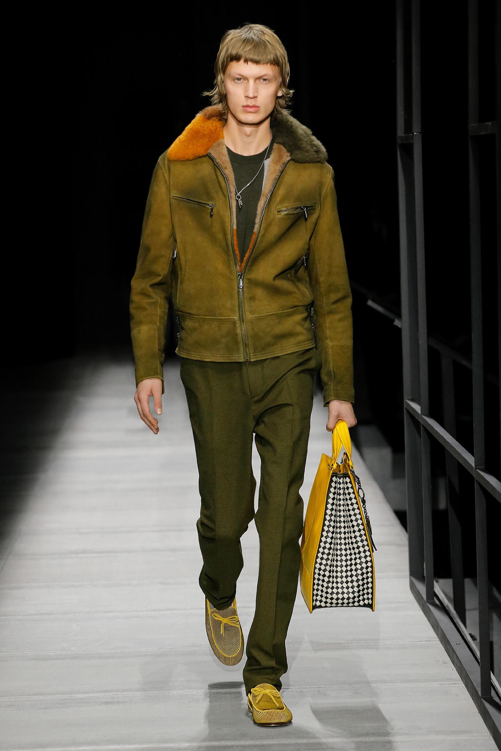 Fashion Man Model Bottega Veneta Catwalk