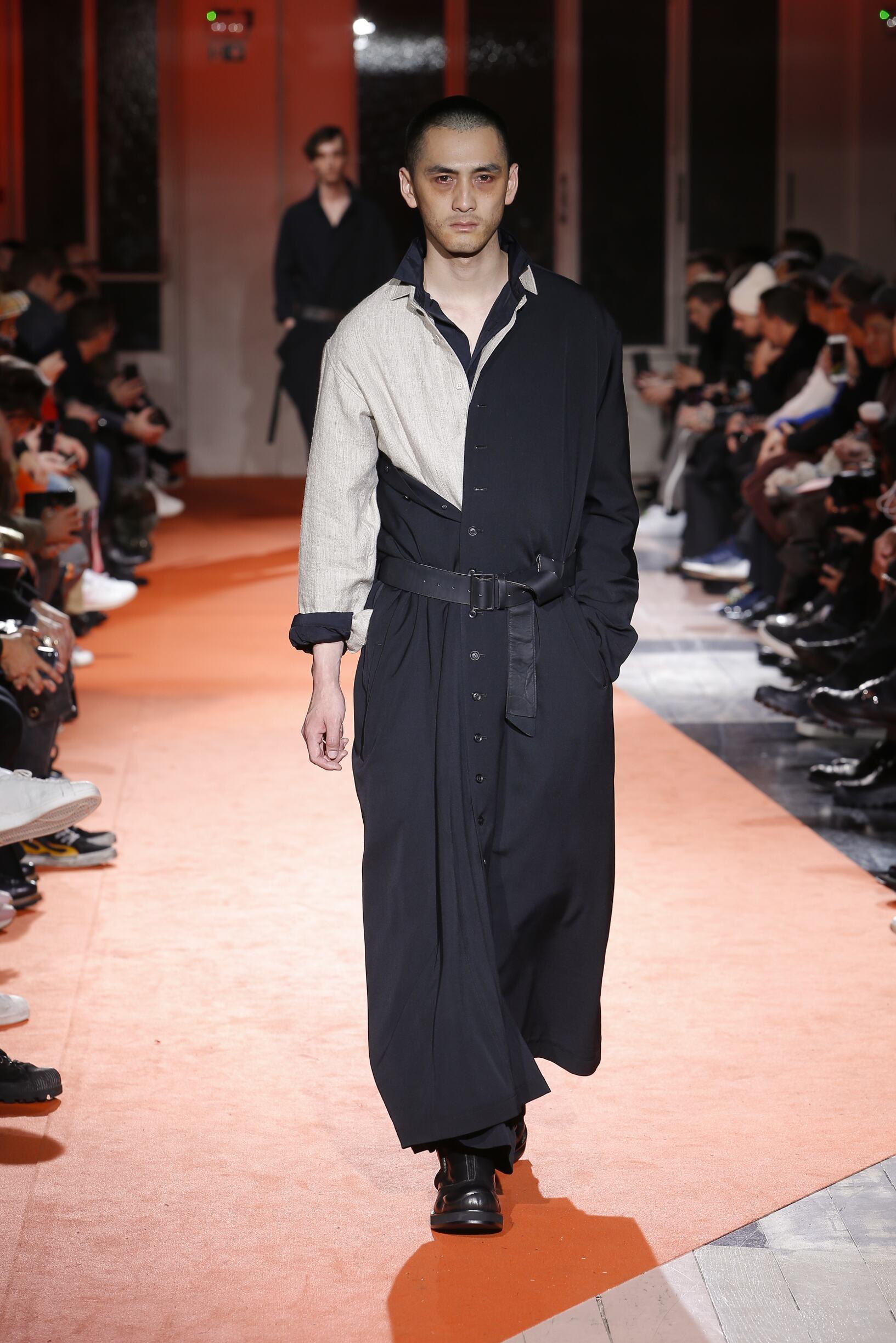 Fashion Model Yohji Yamamoto Catwalk