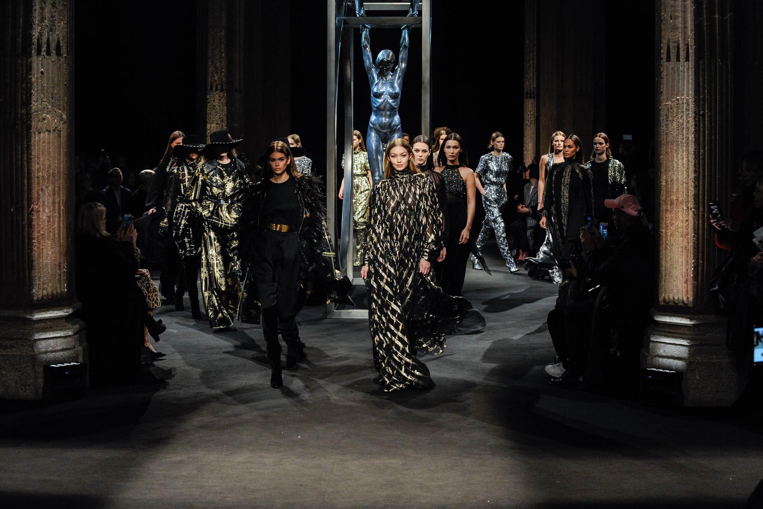 Finale Alberta Ferretti Fashion Show