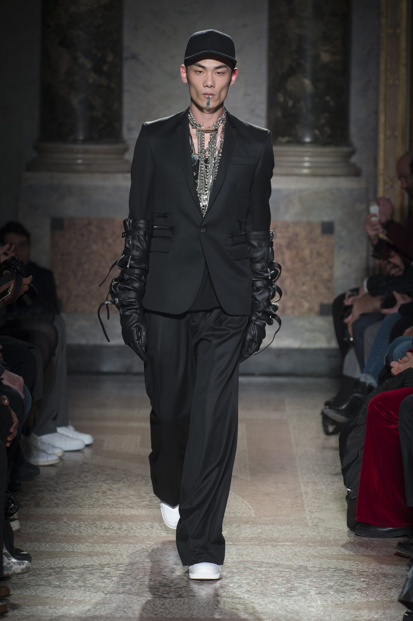 Les Hommes Fall Winter 2018 Mens Collection Milan Fashion Week
