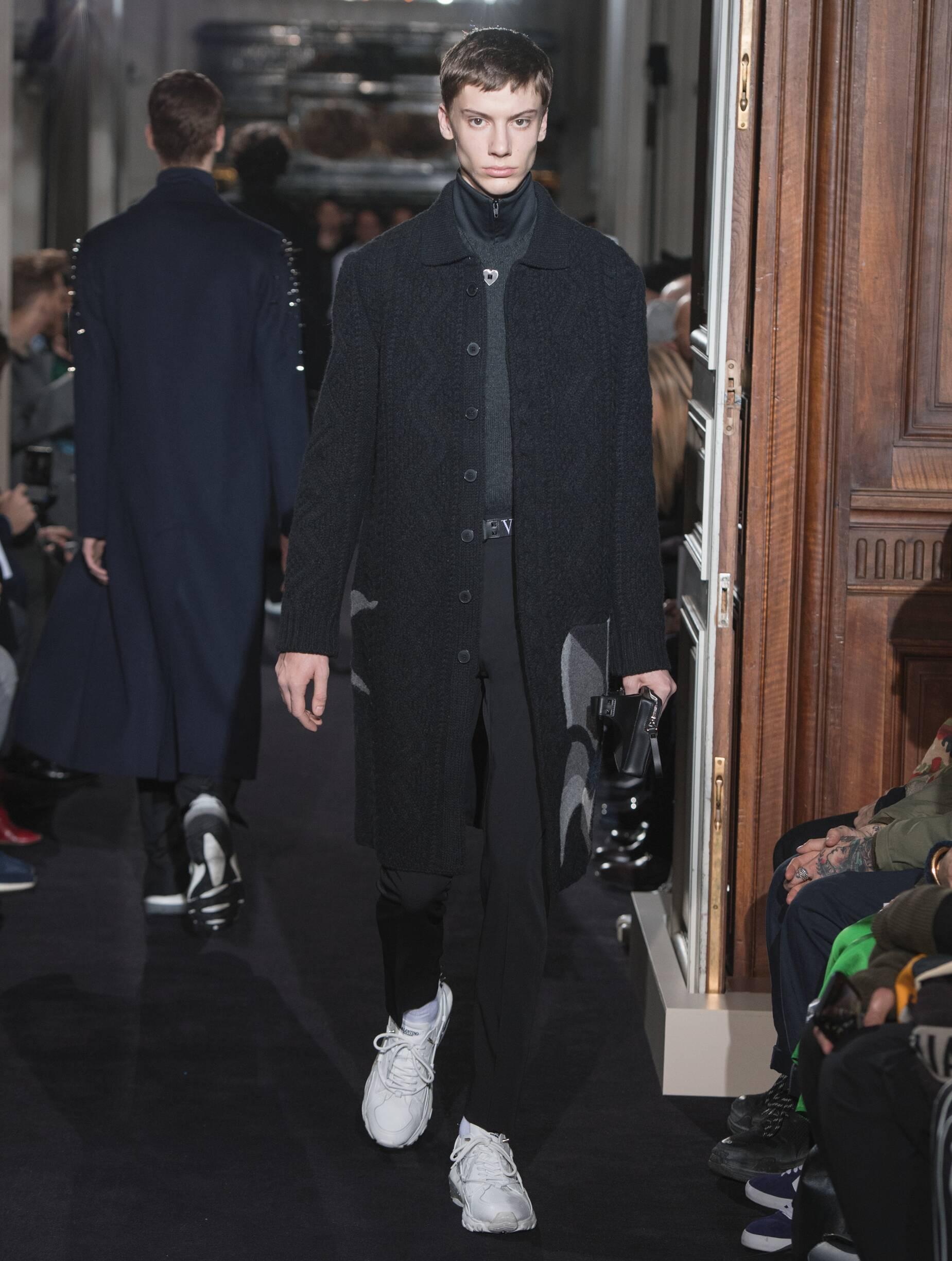 Man FW 2018-19 Fashion Show Valentino