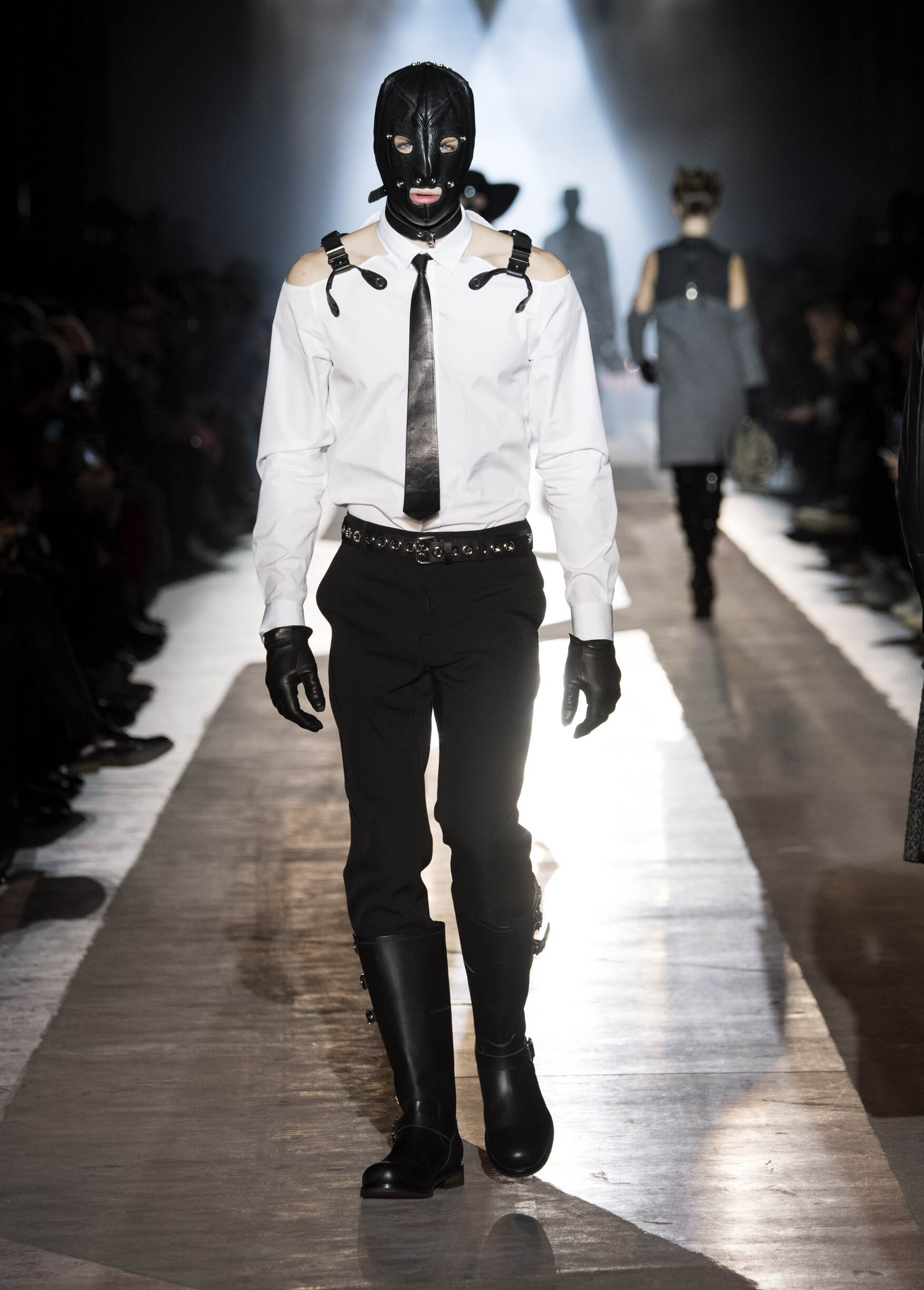 Man Fall 2018 Fashion Trends Moschino