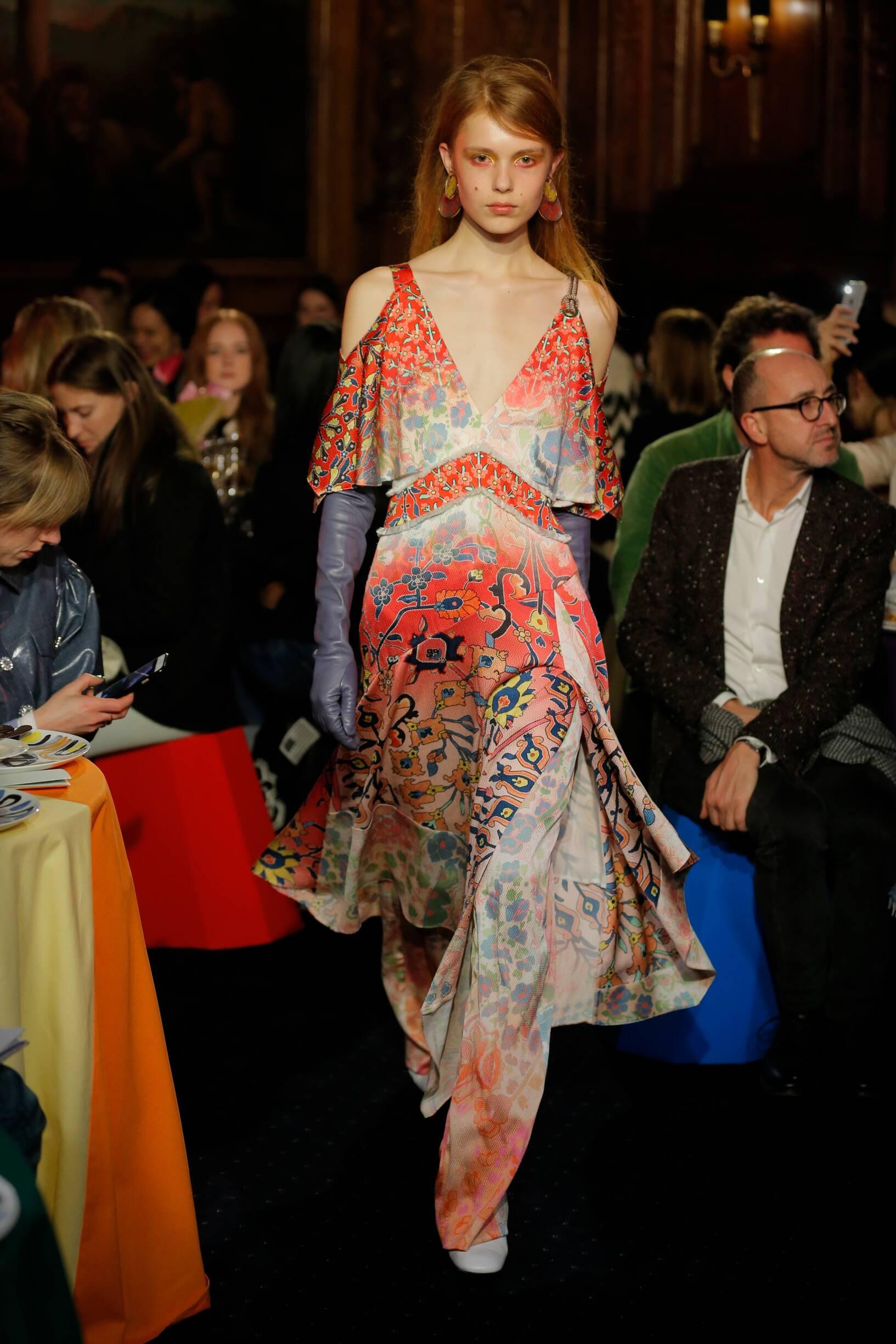 Model Fashion Show Peter Pilotto