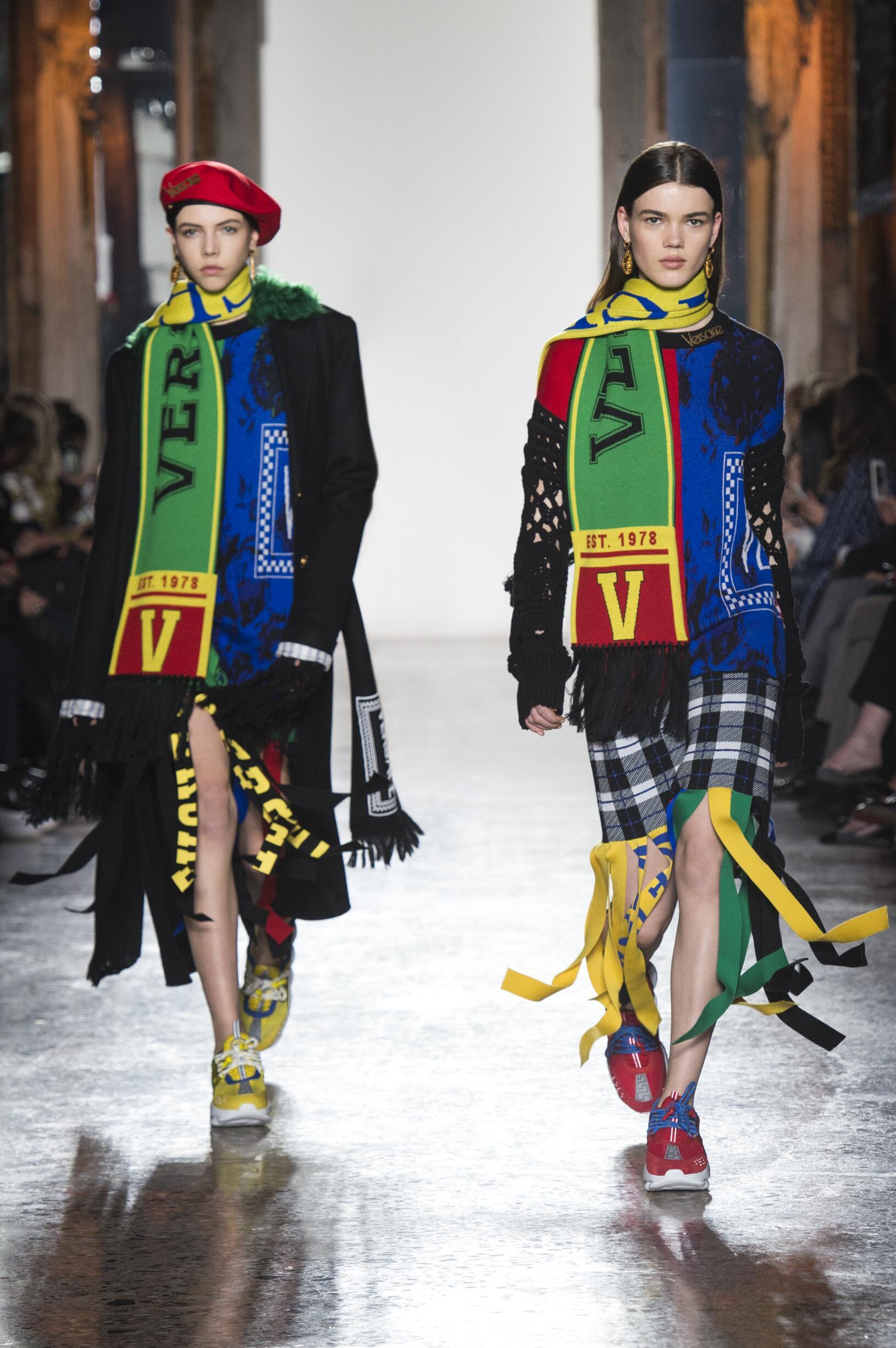 Models Catwalk Versace