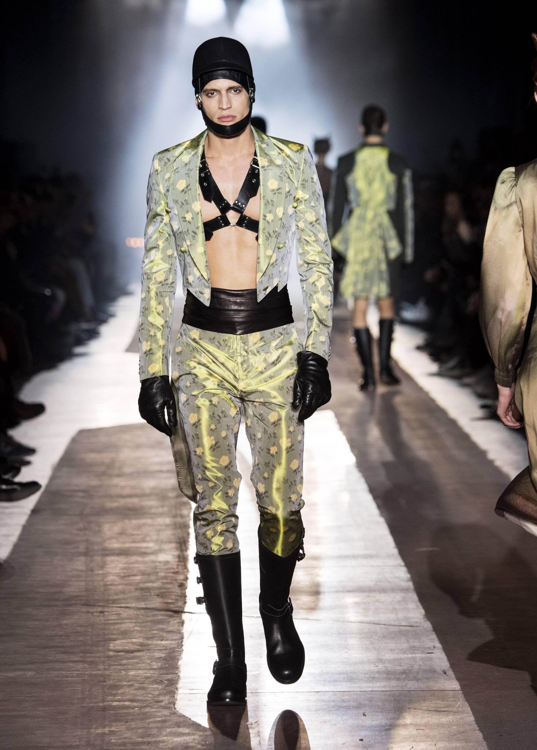 Moschino Man 2018-19 Style