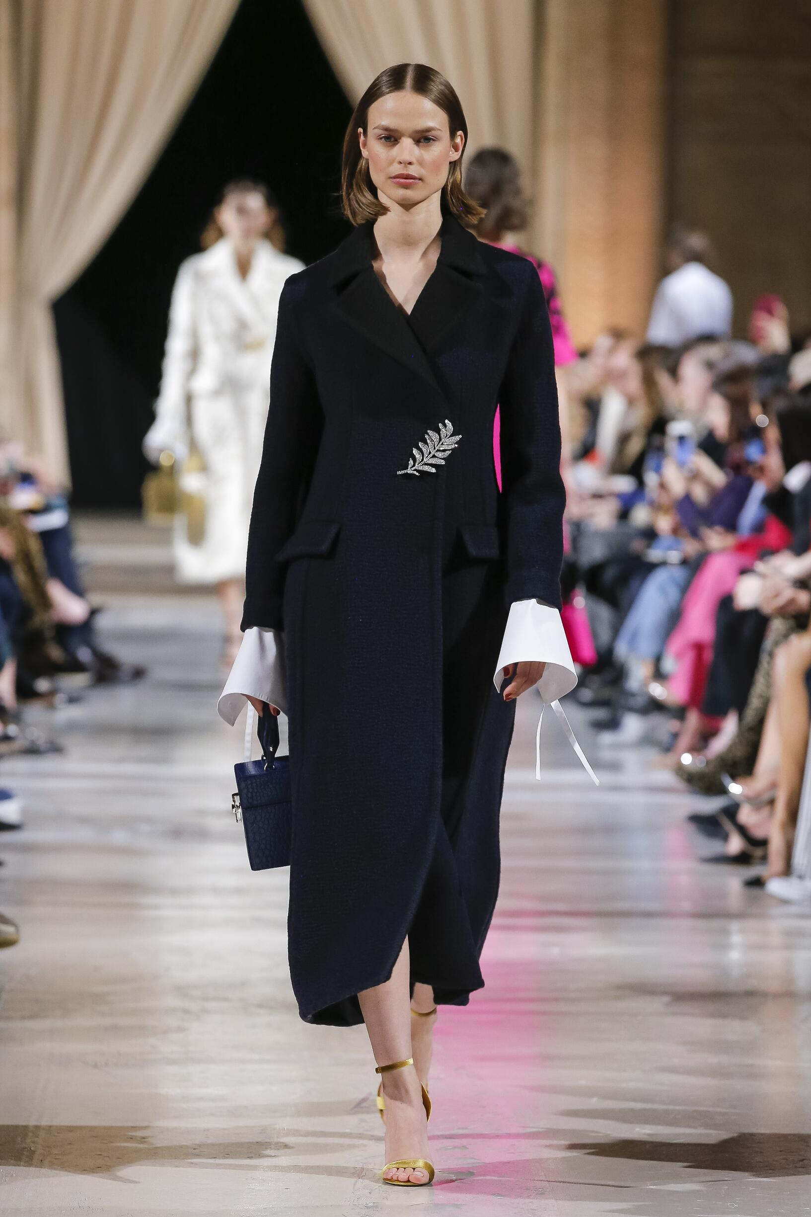 Oscar de la Renta Woman Style 2018