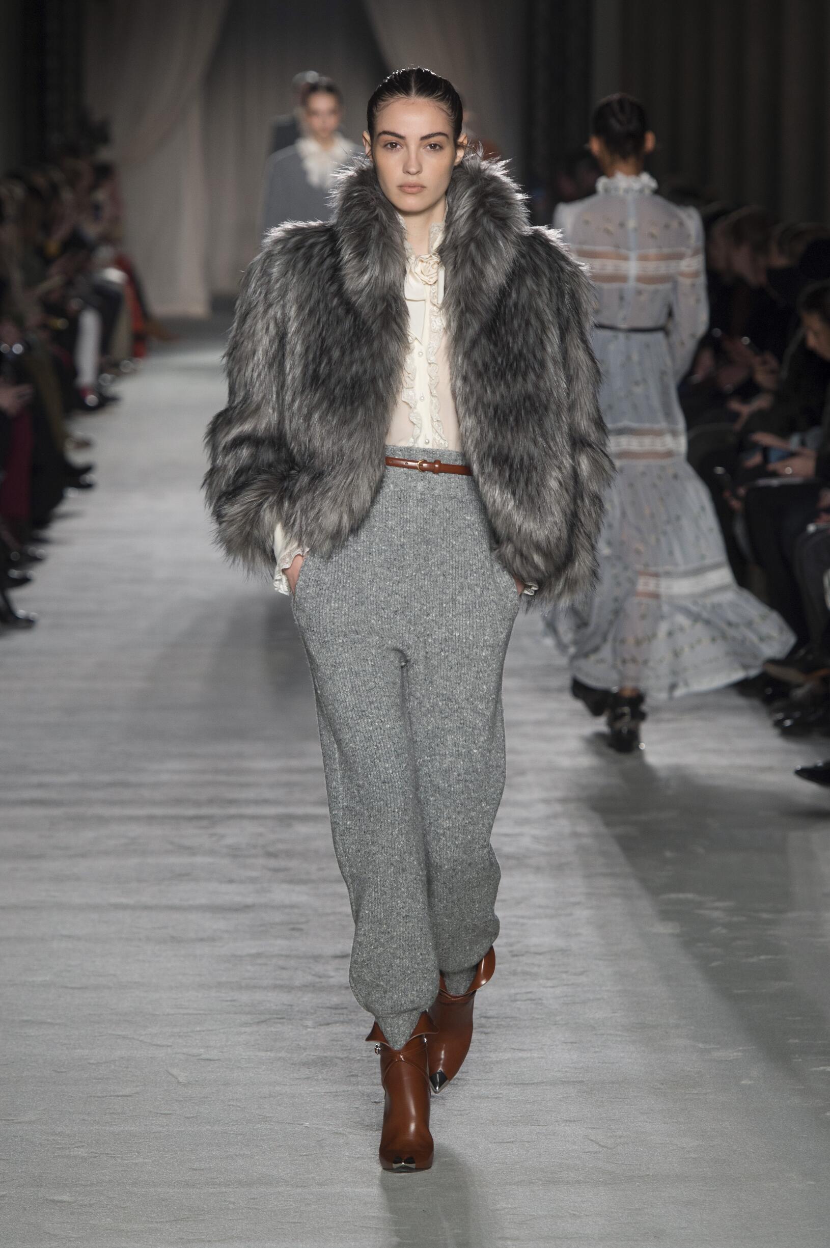 Philosophy di Lorenzo Serafini FW 2018 Womenswear