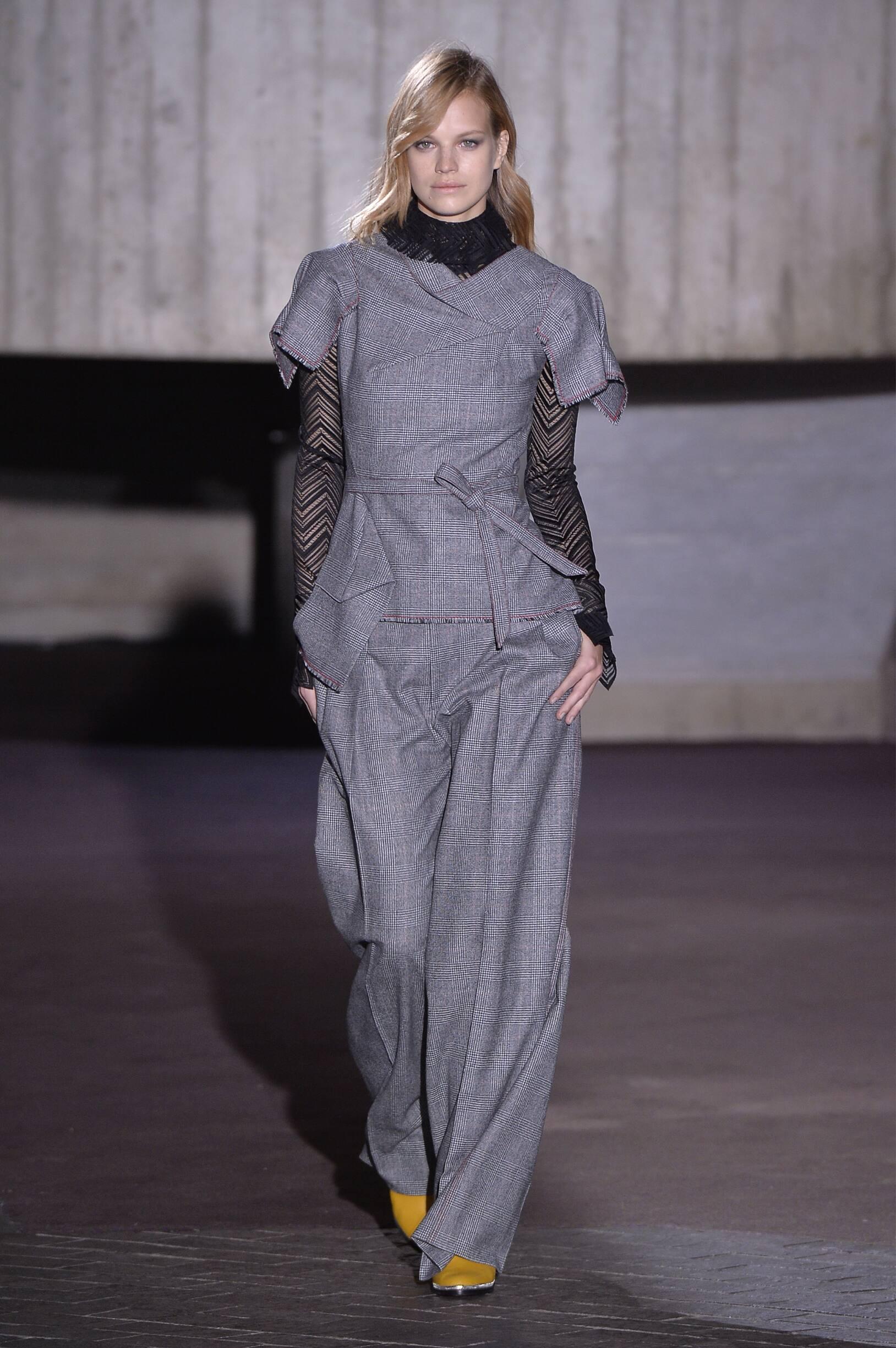 Roland Mouret 2018 Woman London