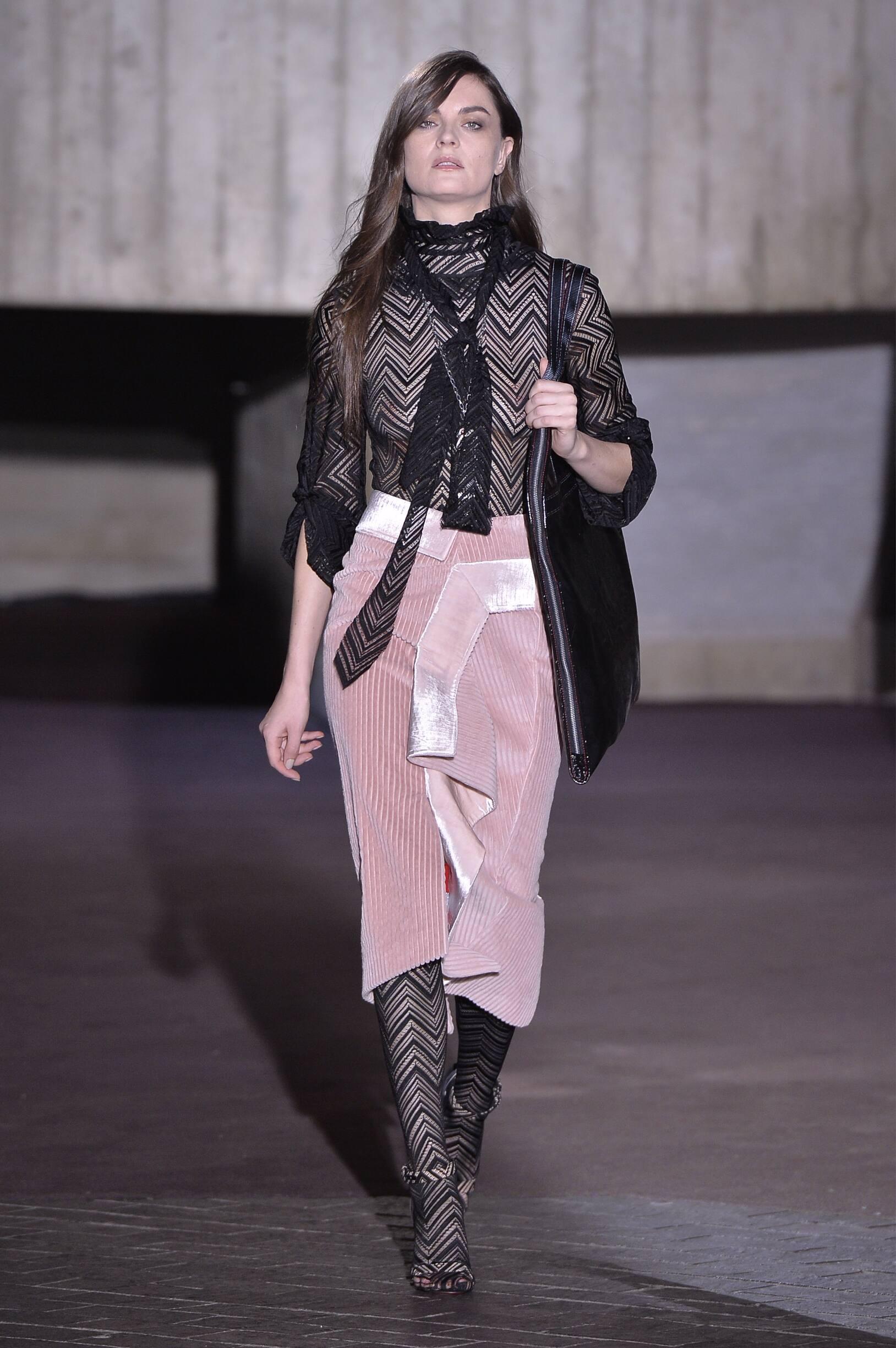 Roland Mouret FW 2018 Womenswear