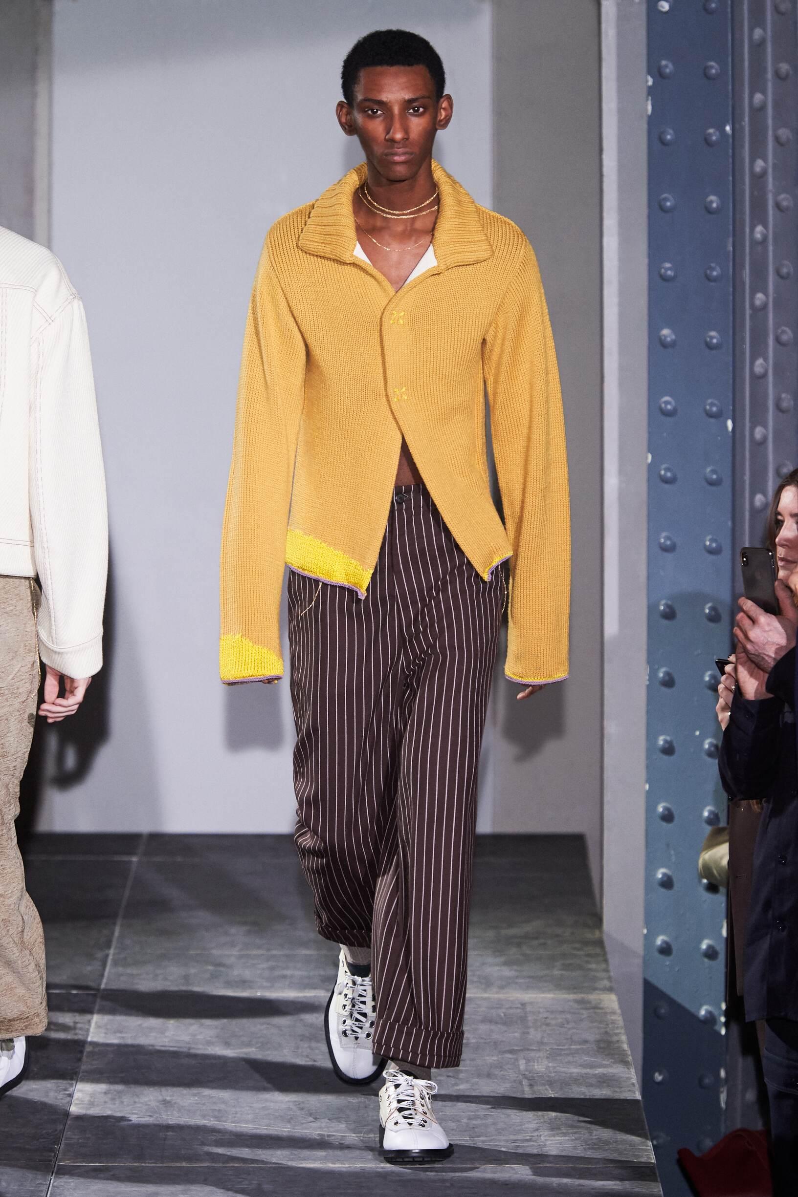 Runway Acne Studios Fall Winter 2018 Men's Collection Paris Fashion Week