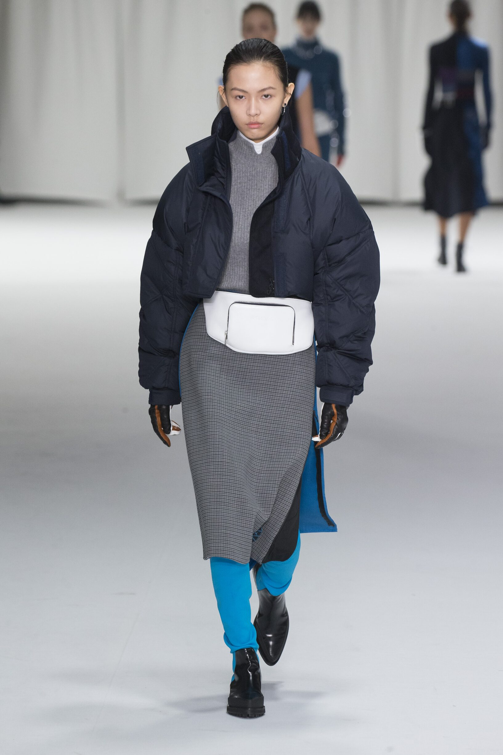 Sportmax Winter 2018 Woman Catwalk