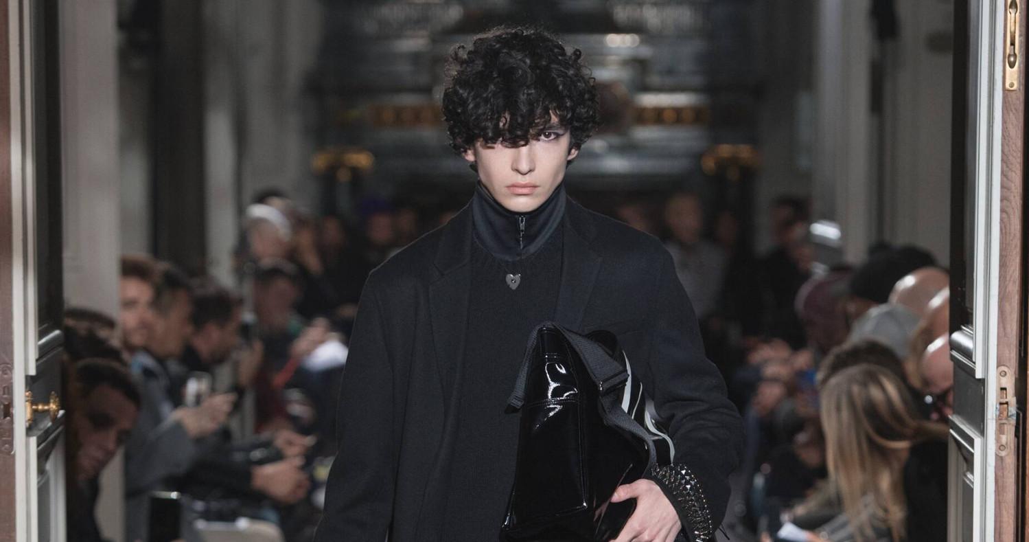 Valentino Fashion Show FW 2018 Paris