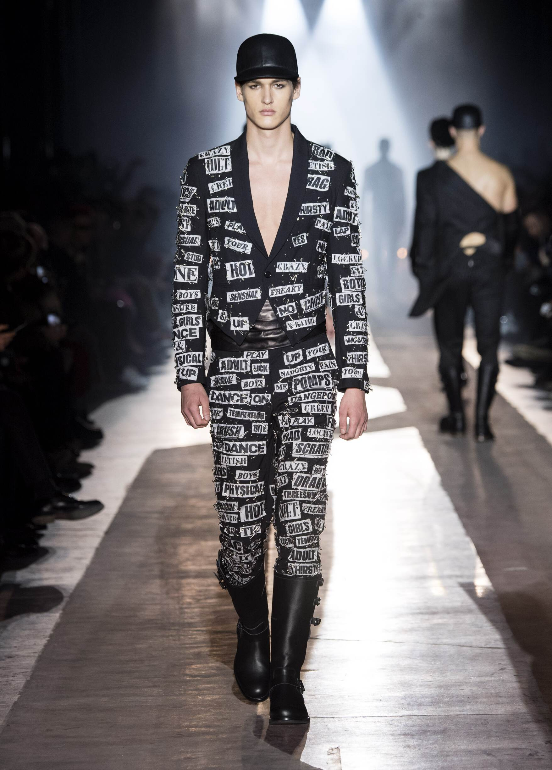 Winter 2018 Fashion Trends Moschino
