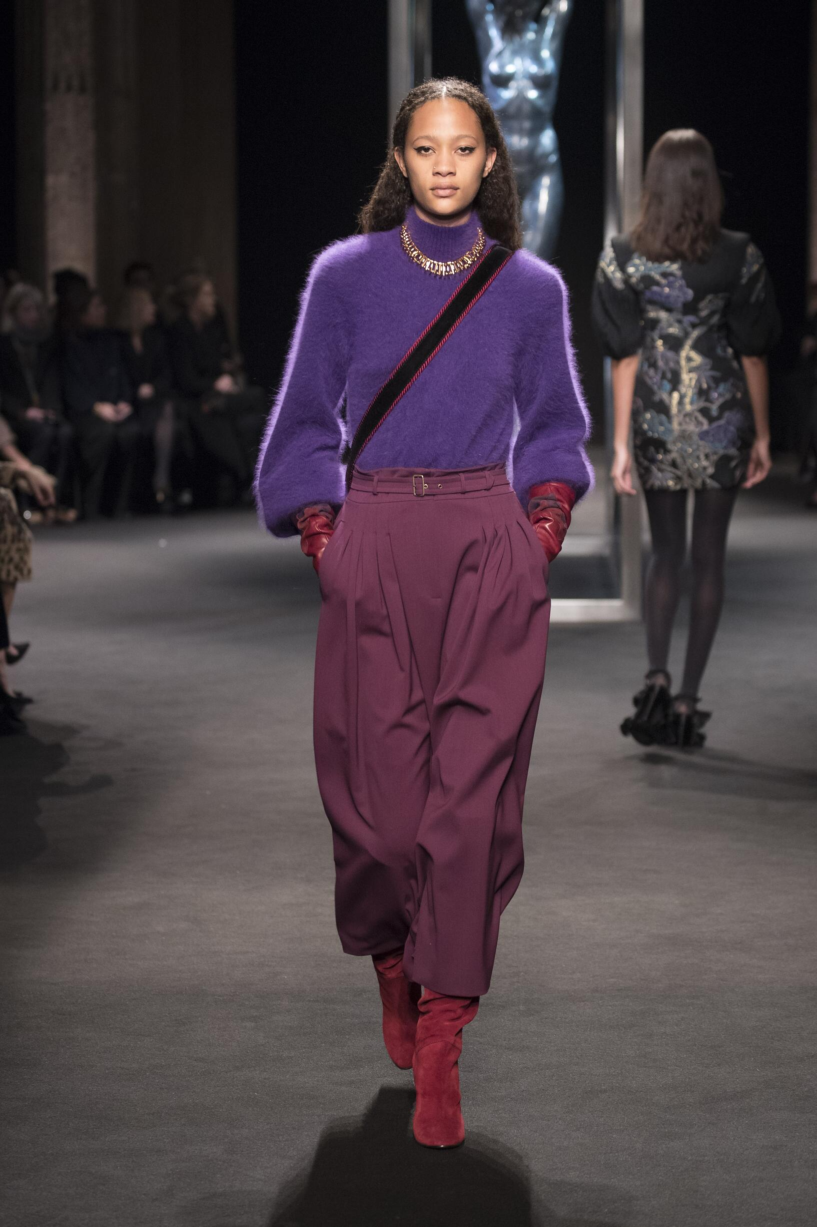Winter 2018 Woman Trends Alberta Ferretti