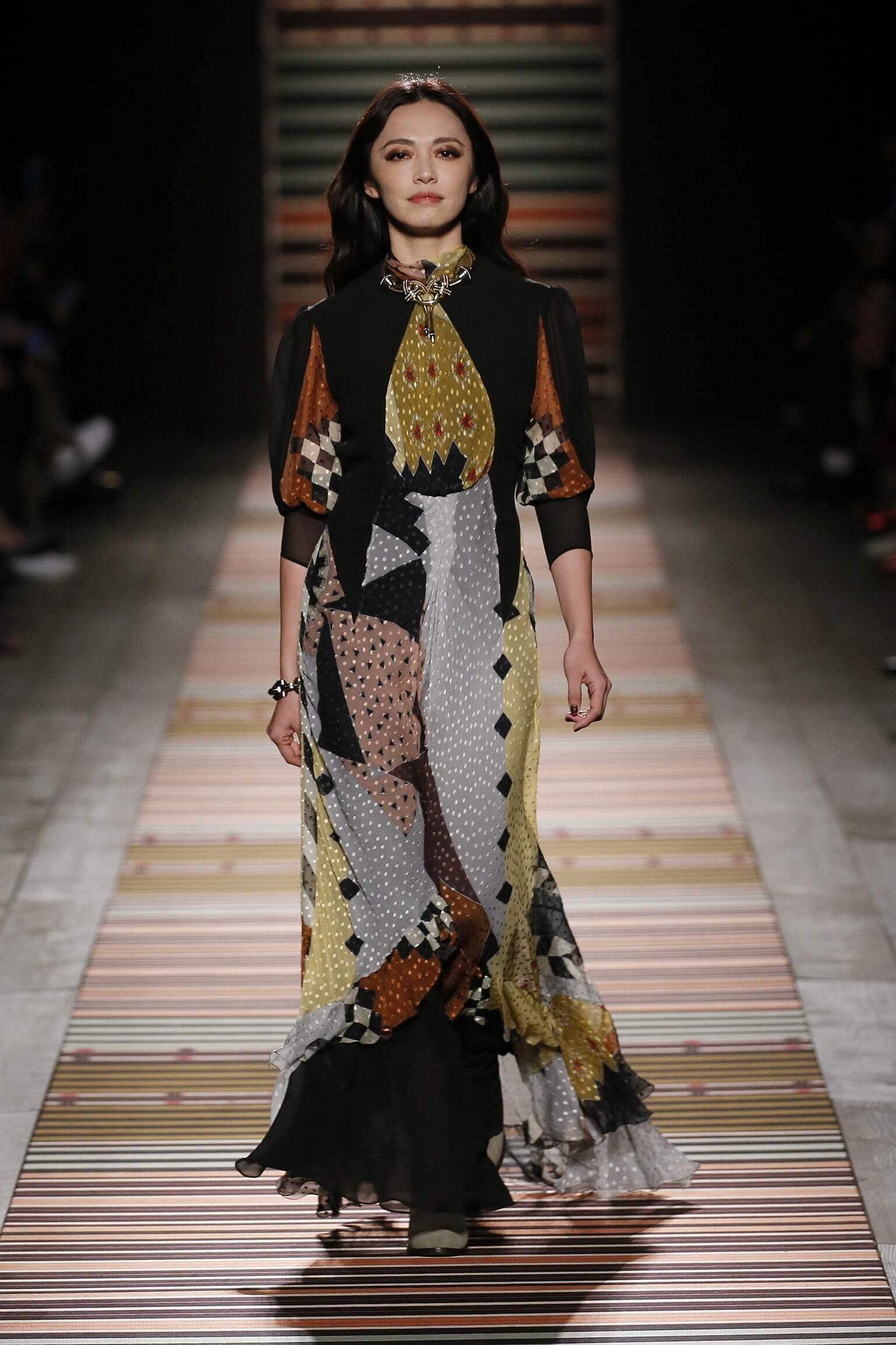 Woman FW 2018-19 Etro Fashion Show Milan