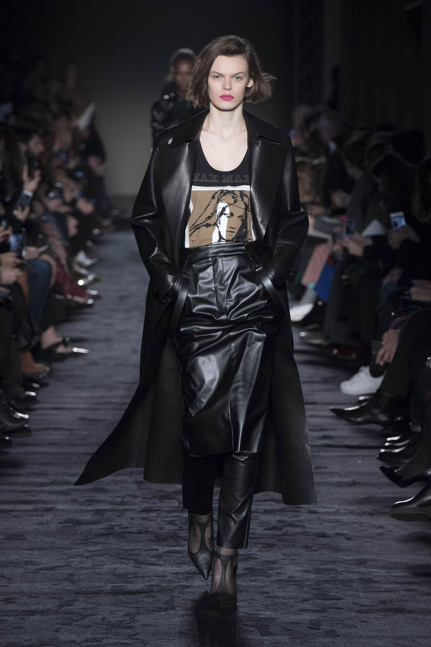 Woman FW 2018-19 Fashion Show Max Mara