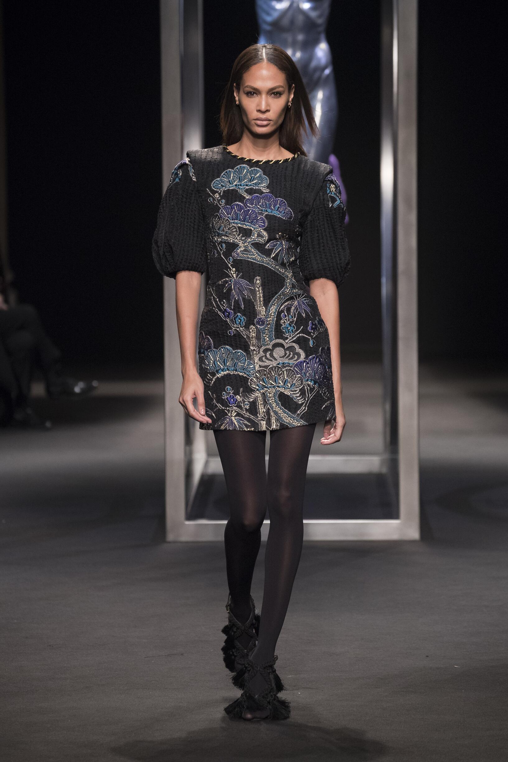 Woman Fall 2018 Fashion Trends Alberta Ferretti
