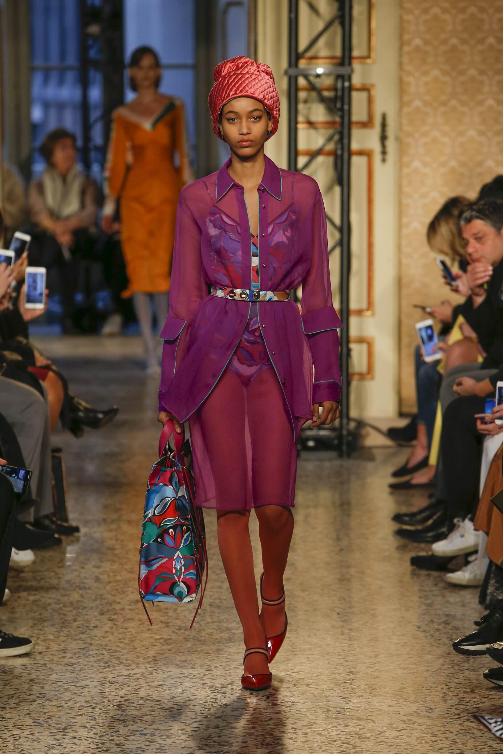 Woman Fall 2018 Fashion Trends Emilio Pucci
