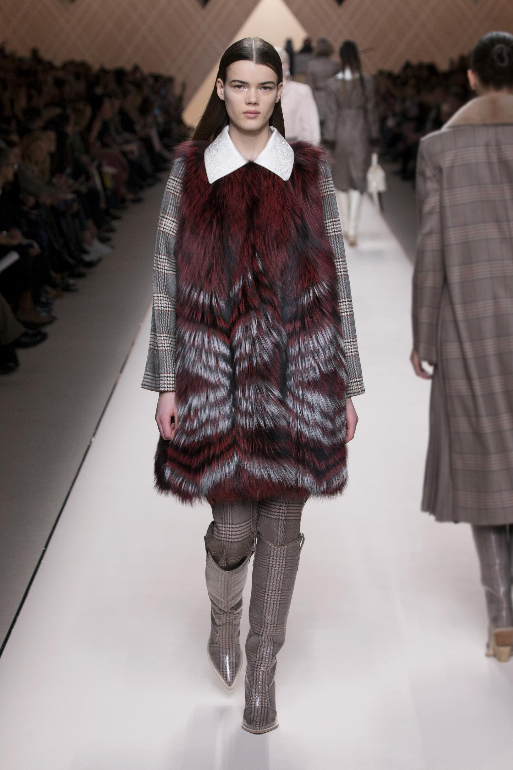 Woman Fall 2018 Fashion Trends Fendi