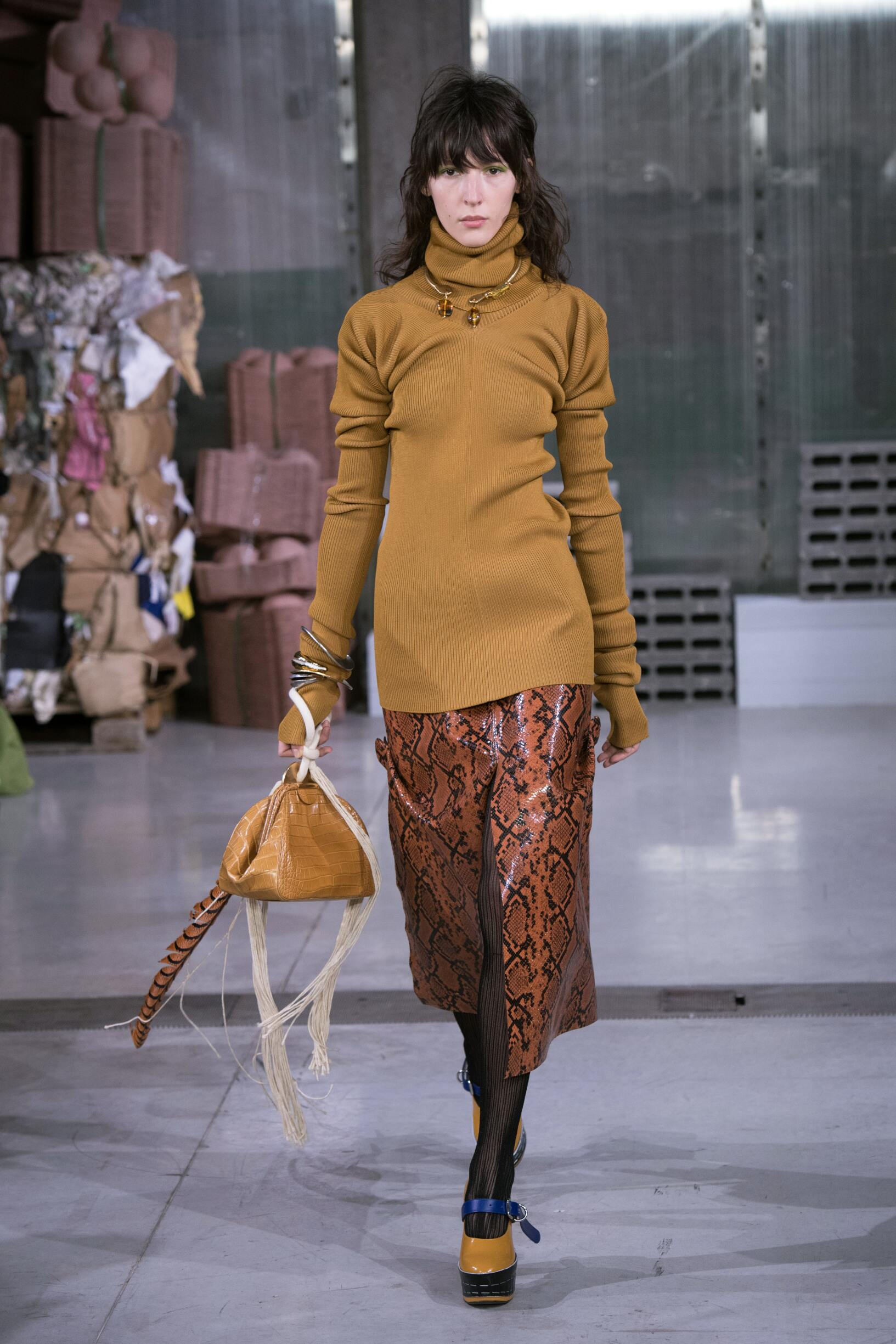 Woman Fall 2018 Fashion Trends Marni
