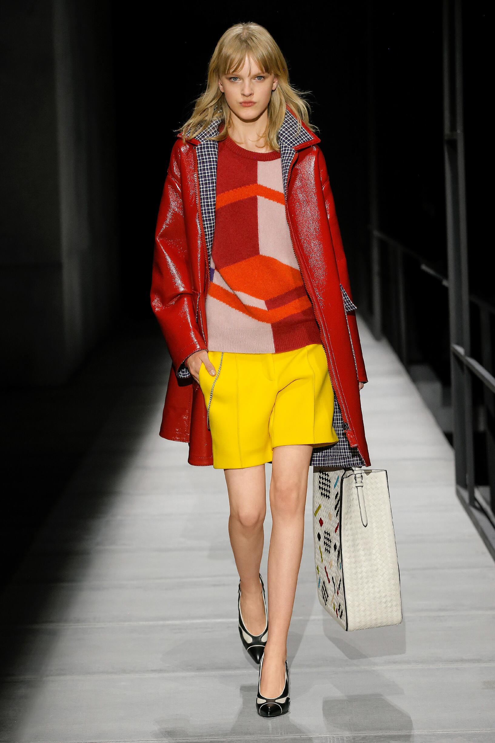 Woman Fall Fashion 2018-19 Bottega Veneta