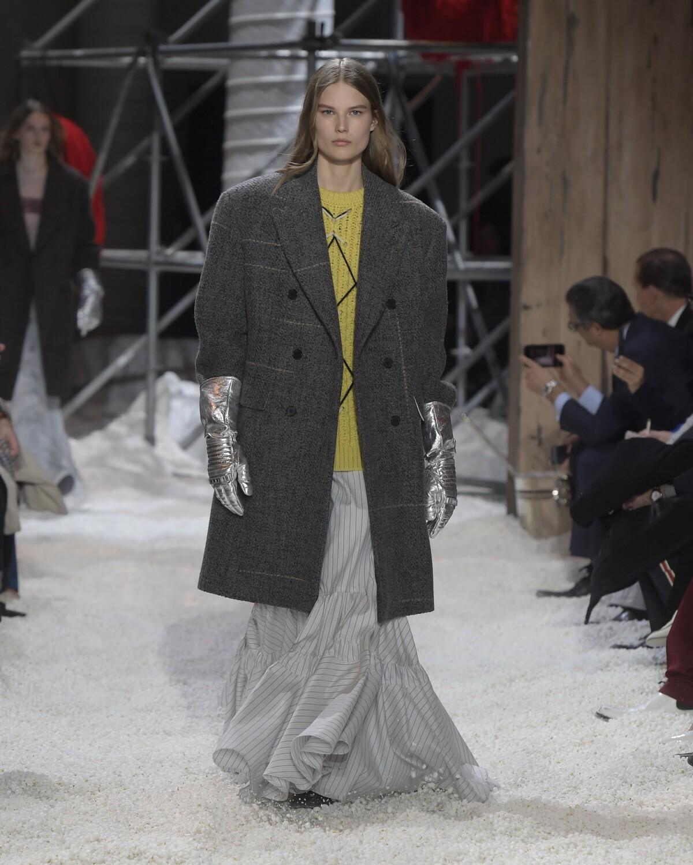 Woman Winter 2018 Fashion Trends Calvin Klein 205W39NYC