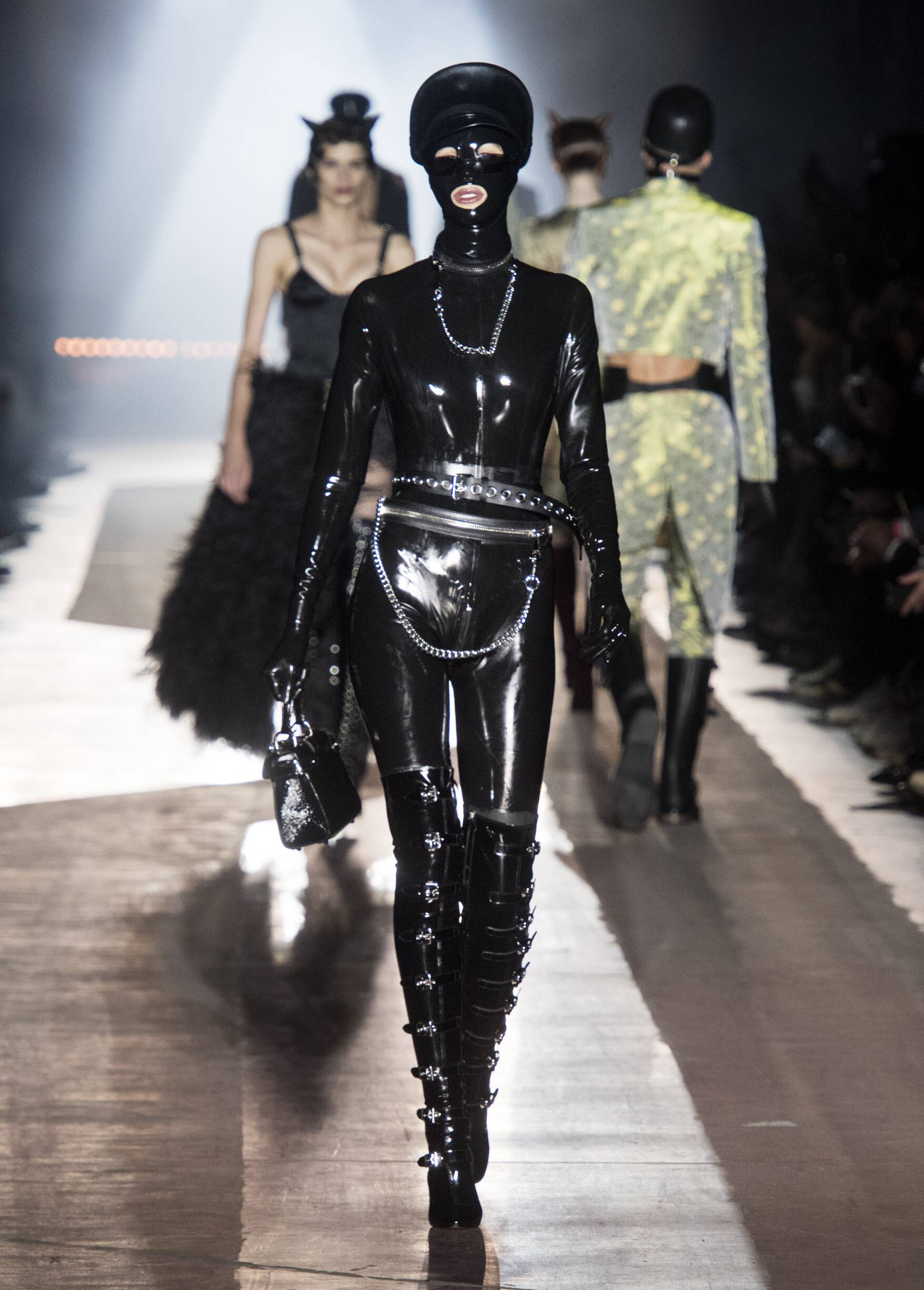 Womenswear Catwalk Moschino