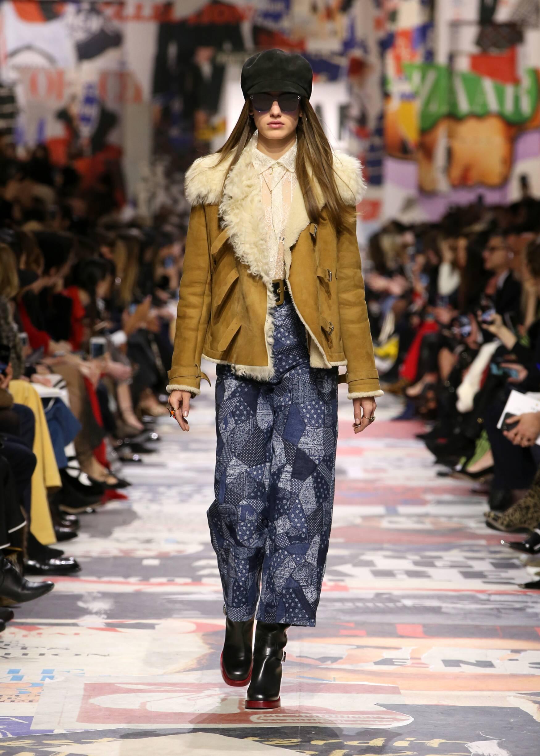 2018 Catwalk Dior Woman Fashion Show Winter