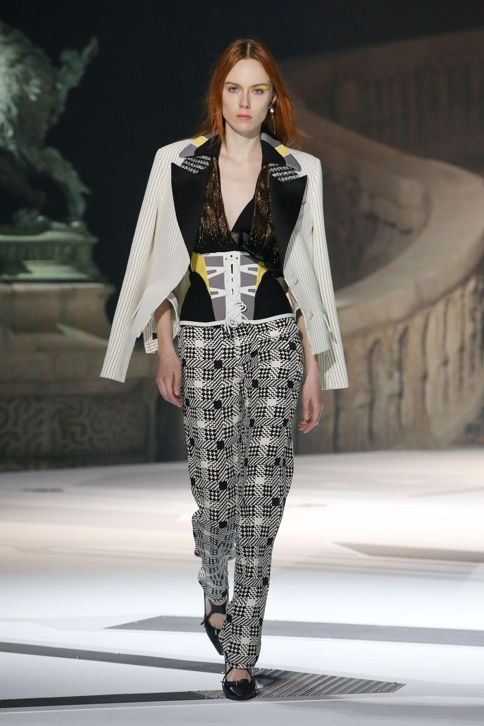 2018 Catwalk Louis Vuitton Woman Fashion Show Winter